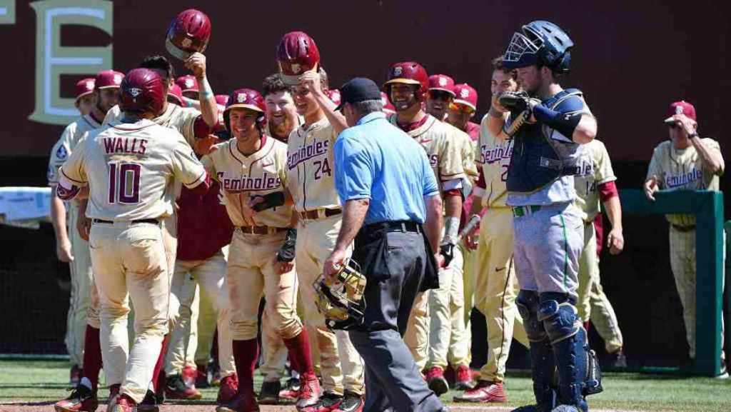 No. 6 FSU Heads to Clemson for Weekend Series