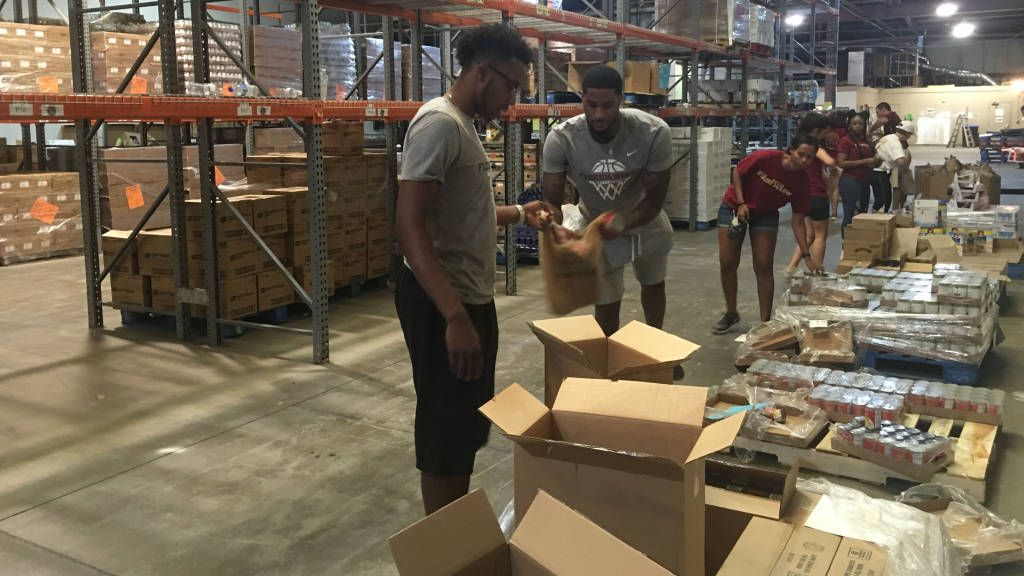 Seminoles Partner With College of Law To Give Back
