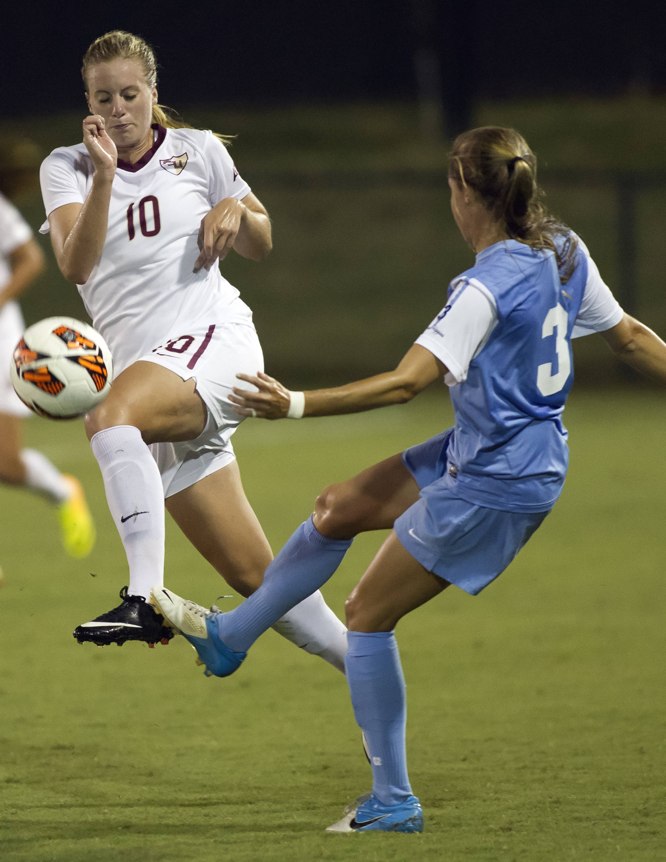 Berglind Thorvaldsdottir, FSU vs North Carolina,  9-18-13, (Photo by Steve Musco)