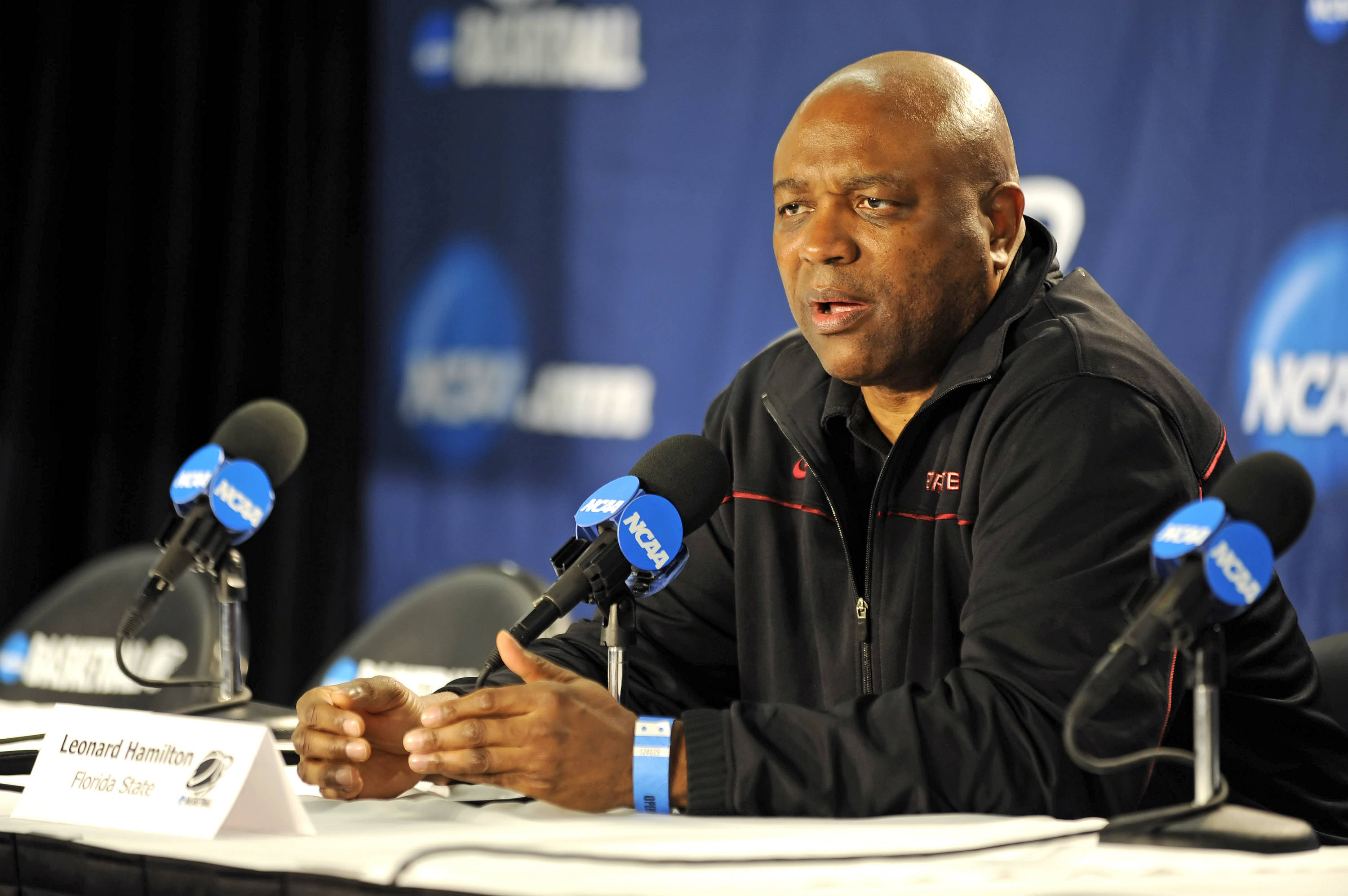 Leonard Hamilton answers questions at the press conference
