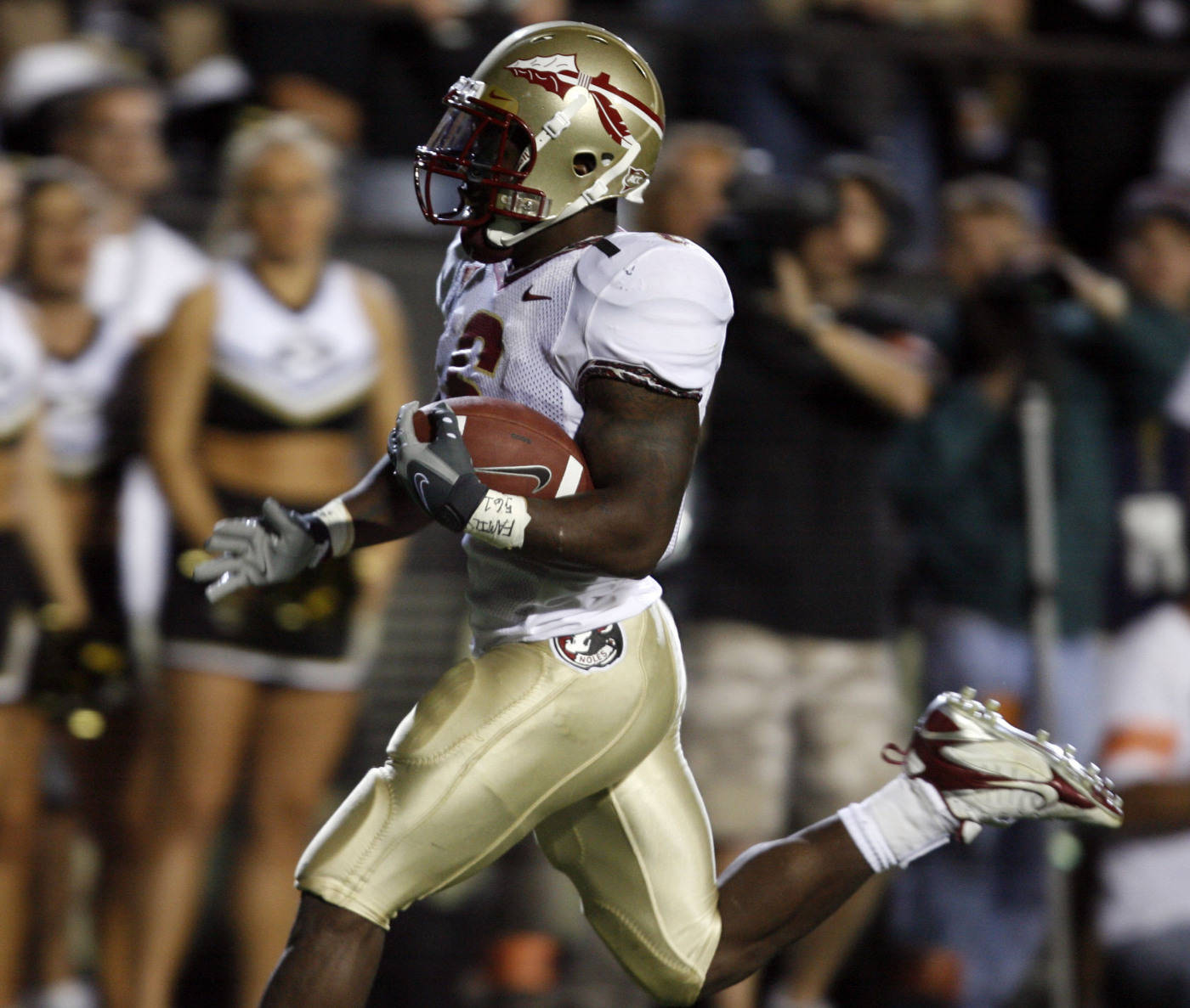 Florida State tailback Antone Smith runs into the end zone for a touchdown against Colorado in the second quarter. (AP Photo/David Zalubowski)