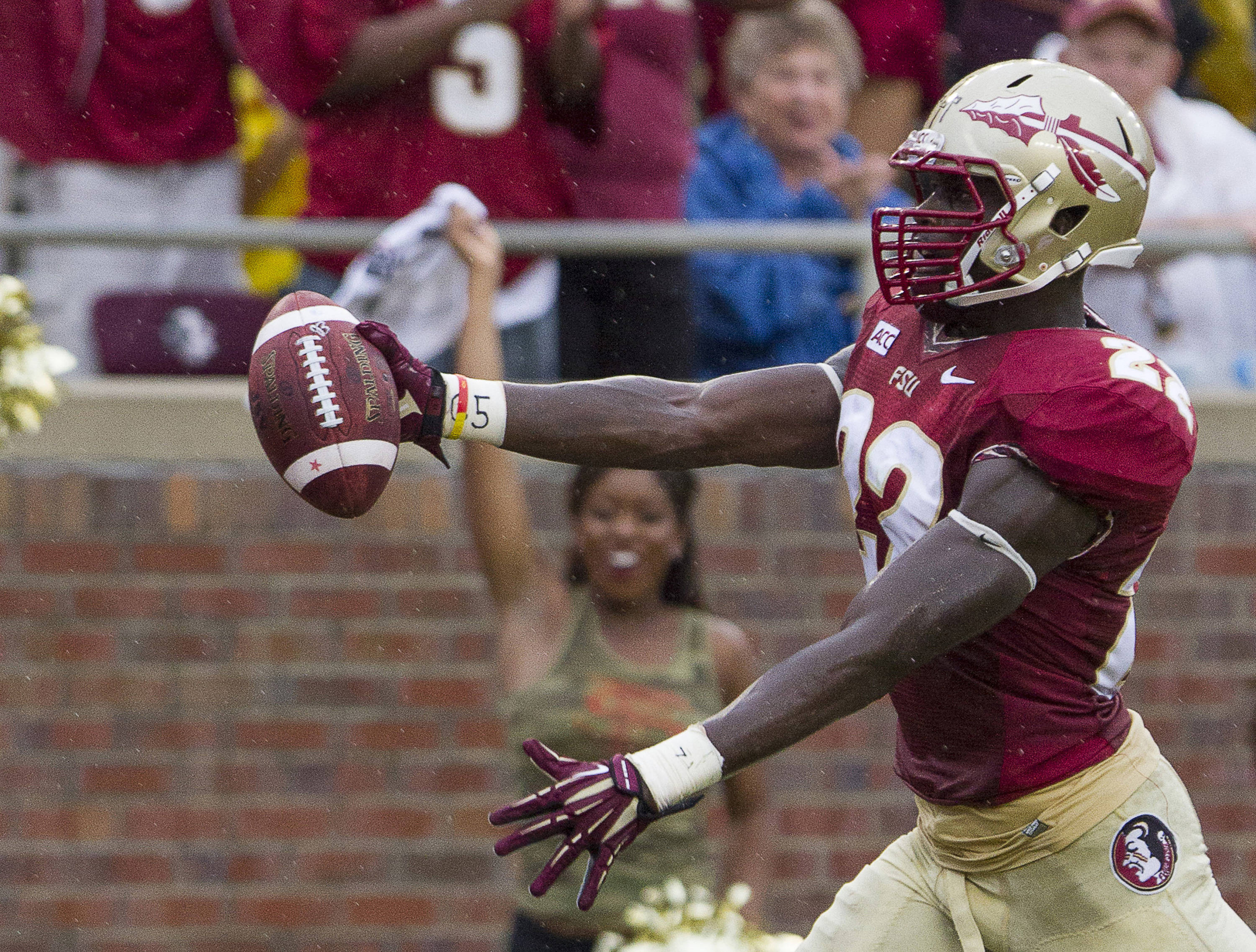 Telvin Smith (22) scores a touchdown after an interception during FSU Football's 54-6 win over Bethune-Cookman on September 21, 2013 in Tallahassee, Fla