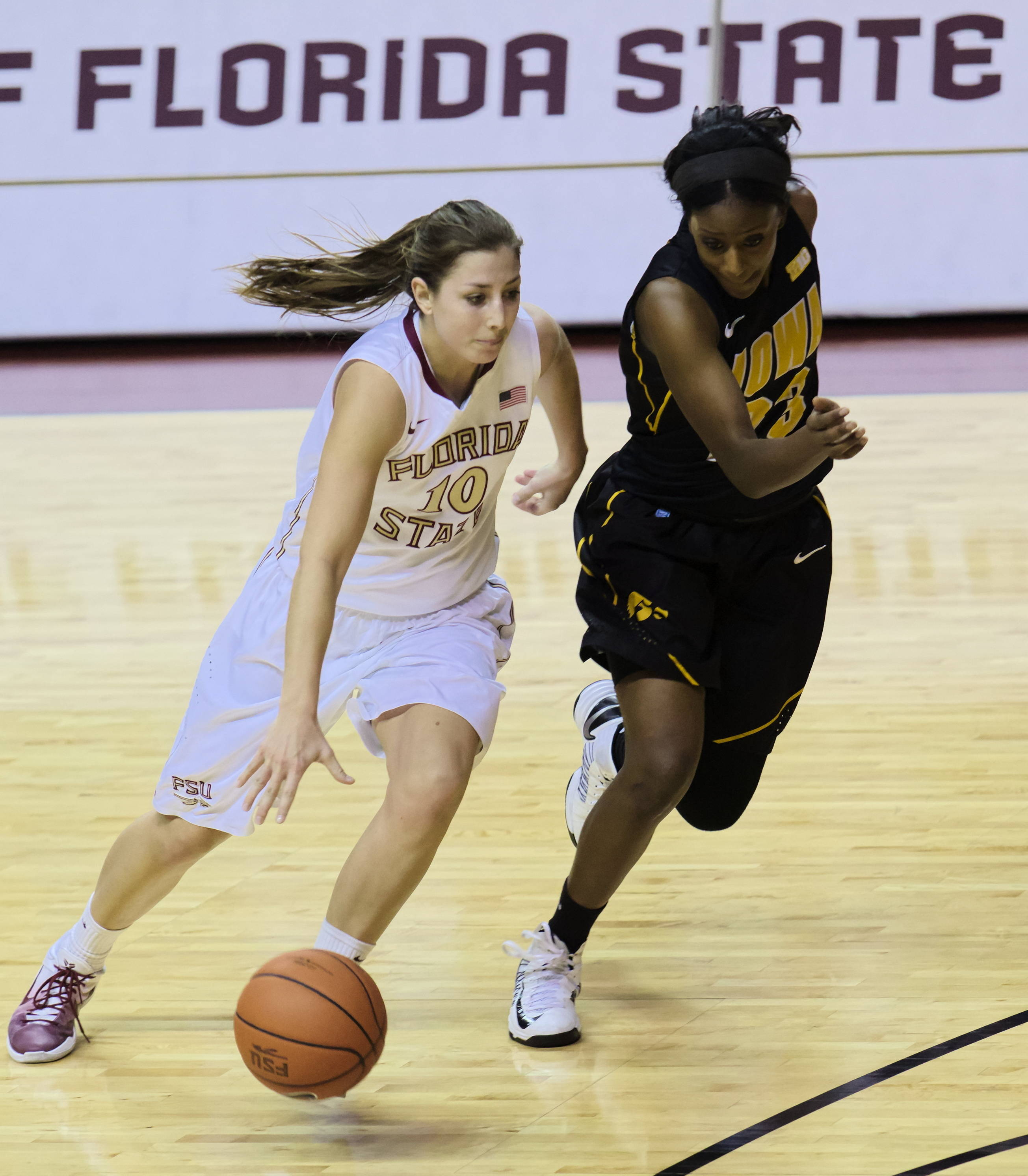 Leonor Rodriguez (10), FSU vs Iowa, 11/28/12. (Photo by Steve Musco)