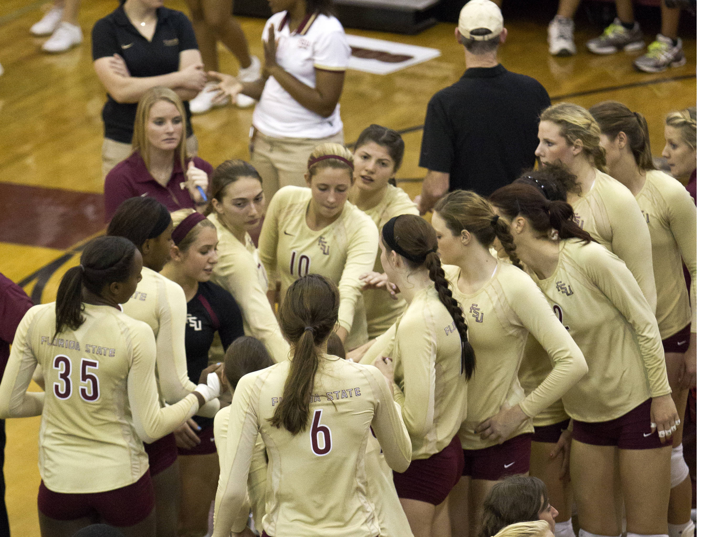 Time out, FSU vs NC, 10/05/12 (Photo by Steve Musco)