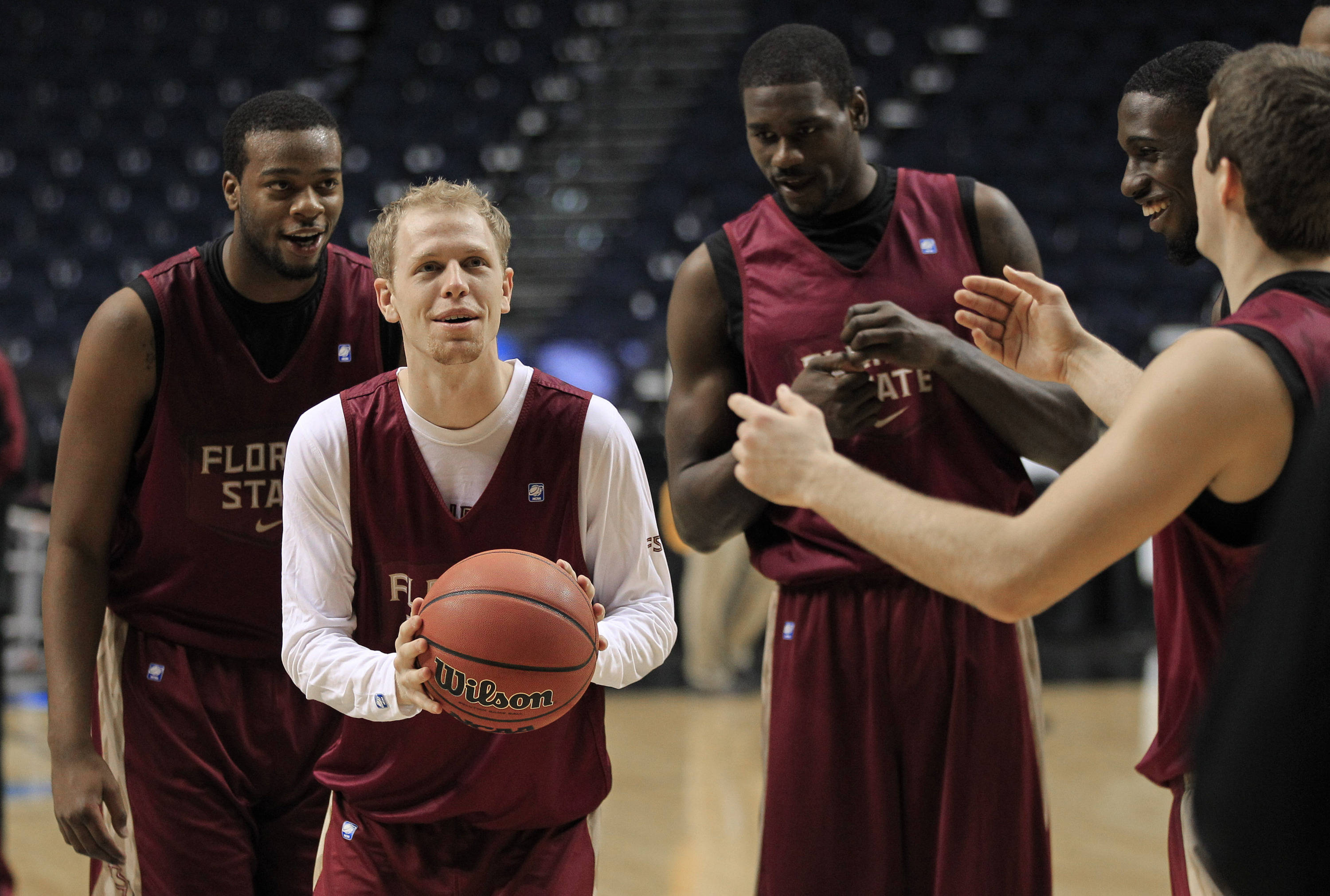 Florida State guard Joey Moreau, second from left, shoots a free throw during practice for an NCAA college basketball tournament game on Thursday, March 15, 2012, in Nashville, Tenn. Florida State is scheduled to play St. Bonaventure on Friday. (AP Photo/Mark Humphrey)