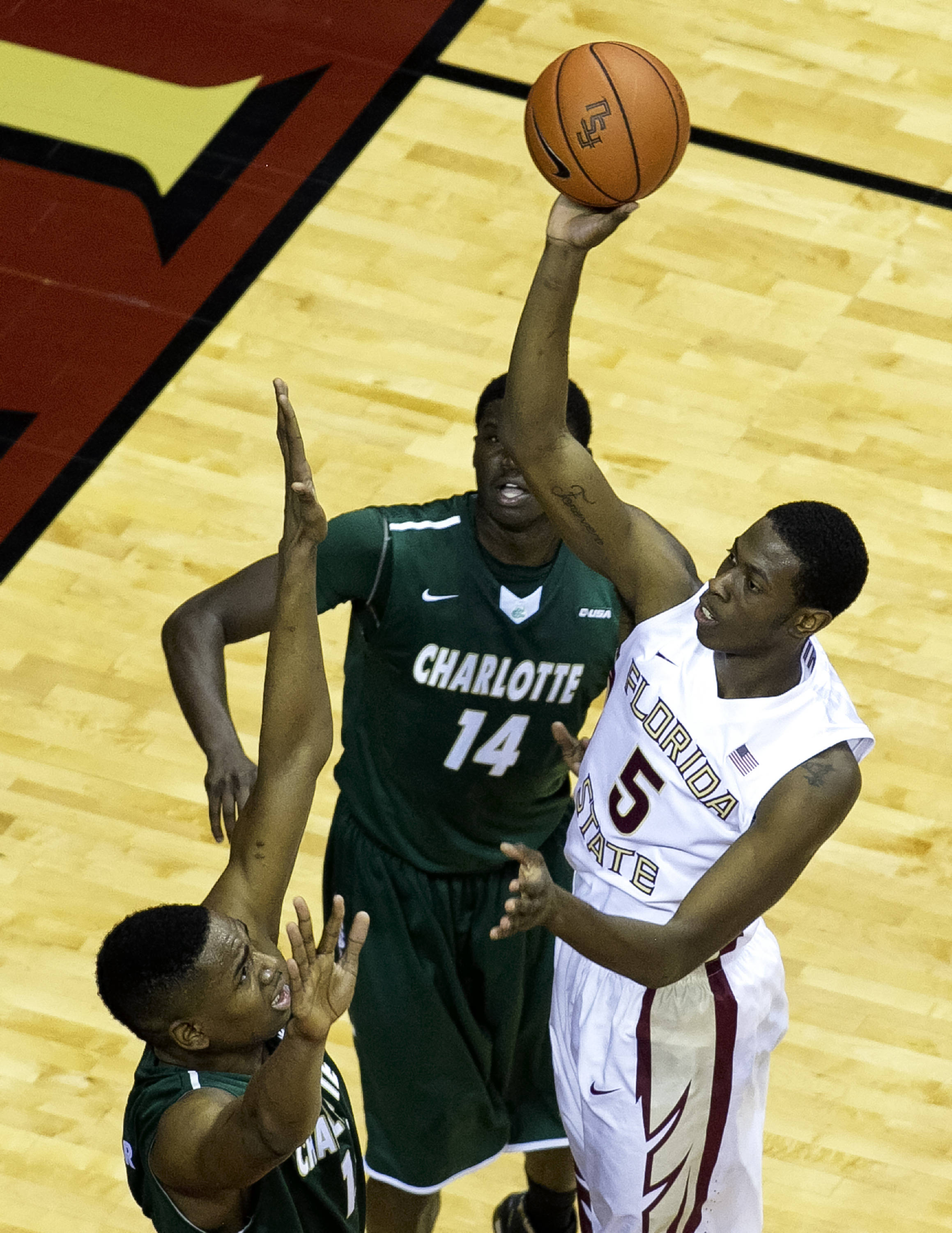 Jarquez Smith (5), goes up high with a short shot, FSU vs Charlotte, 12-17-13,  (Photo by Steve Musco)