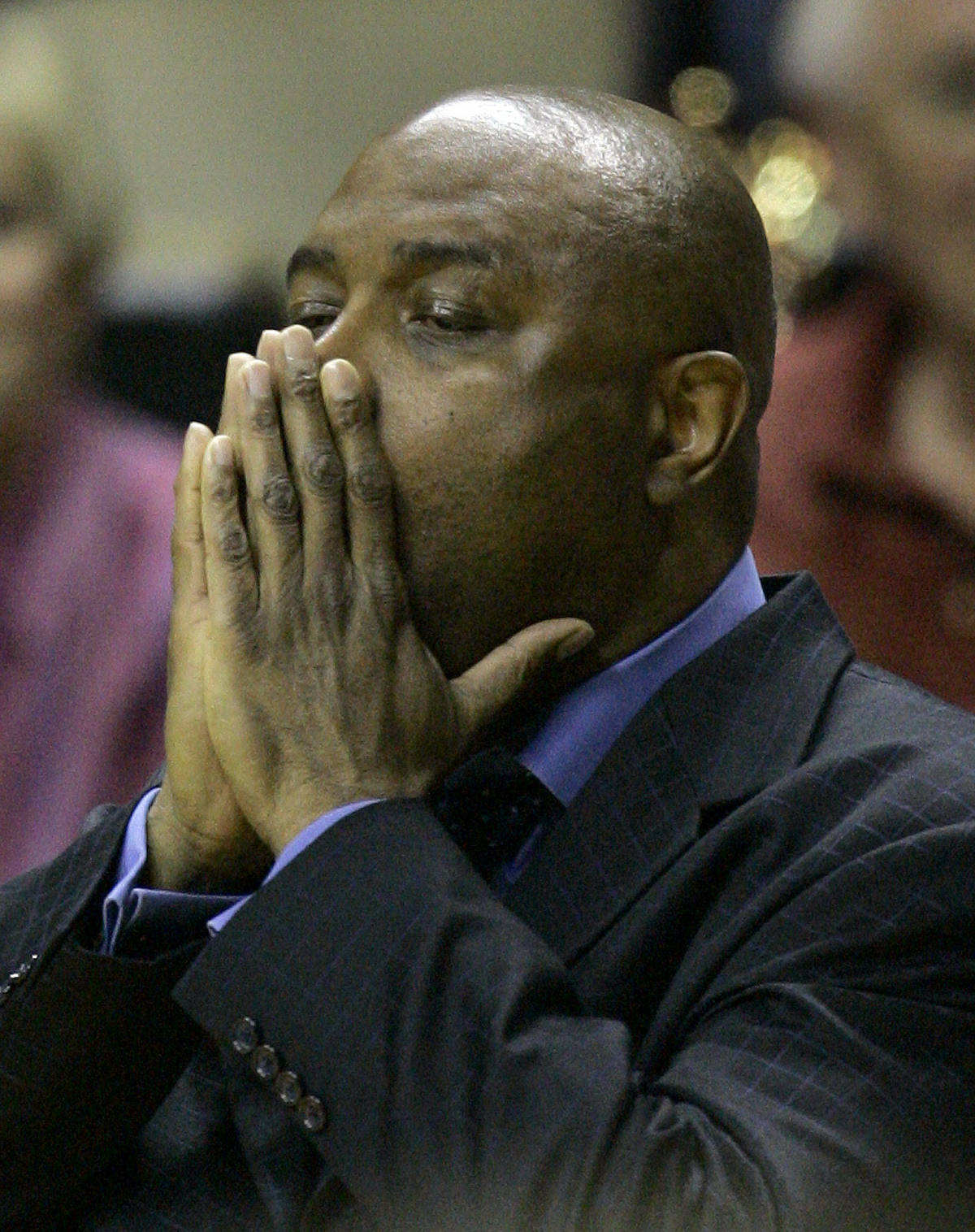 Florida State coach Leonard Hamilton watches a basketball game with Boston College, Sunday, Feb. 11, 2007, in Tallahassee, Fla. Boston College won 68-67. (AP Photo/Phil Coale)