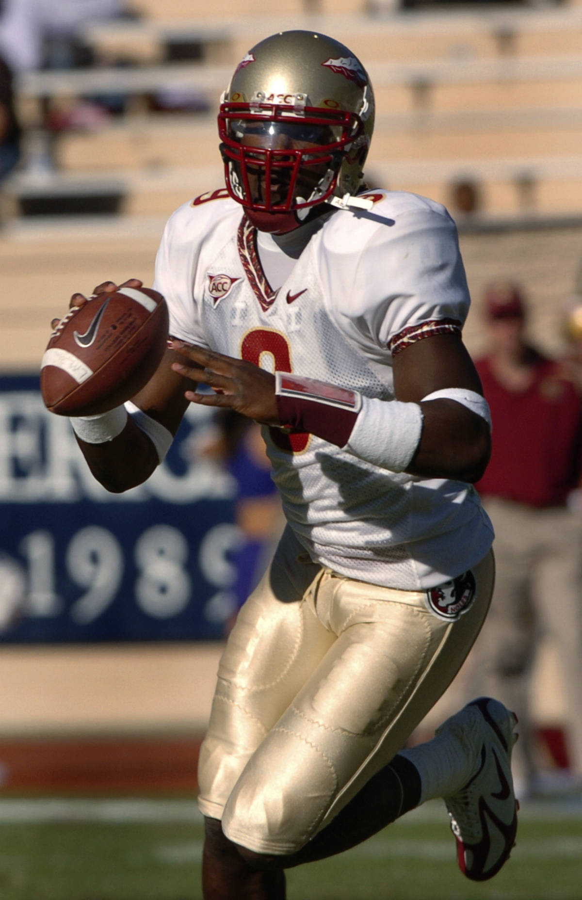 Florida State quarterback Xavier Lee looks to pass in the second half during a college football game, Saturday, Oct. 14, 2006, in Durham, N.C. Florida State defeated Duke 51-24. (AP Photo/Sara D. Davis)