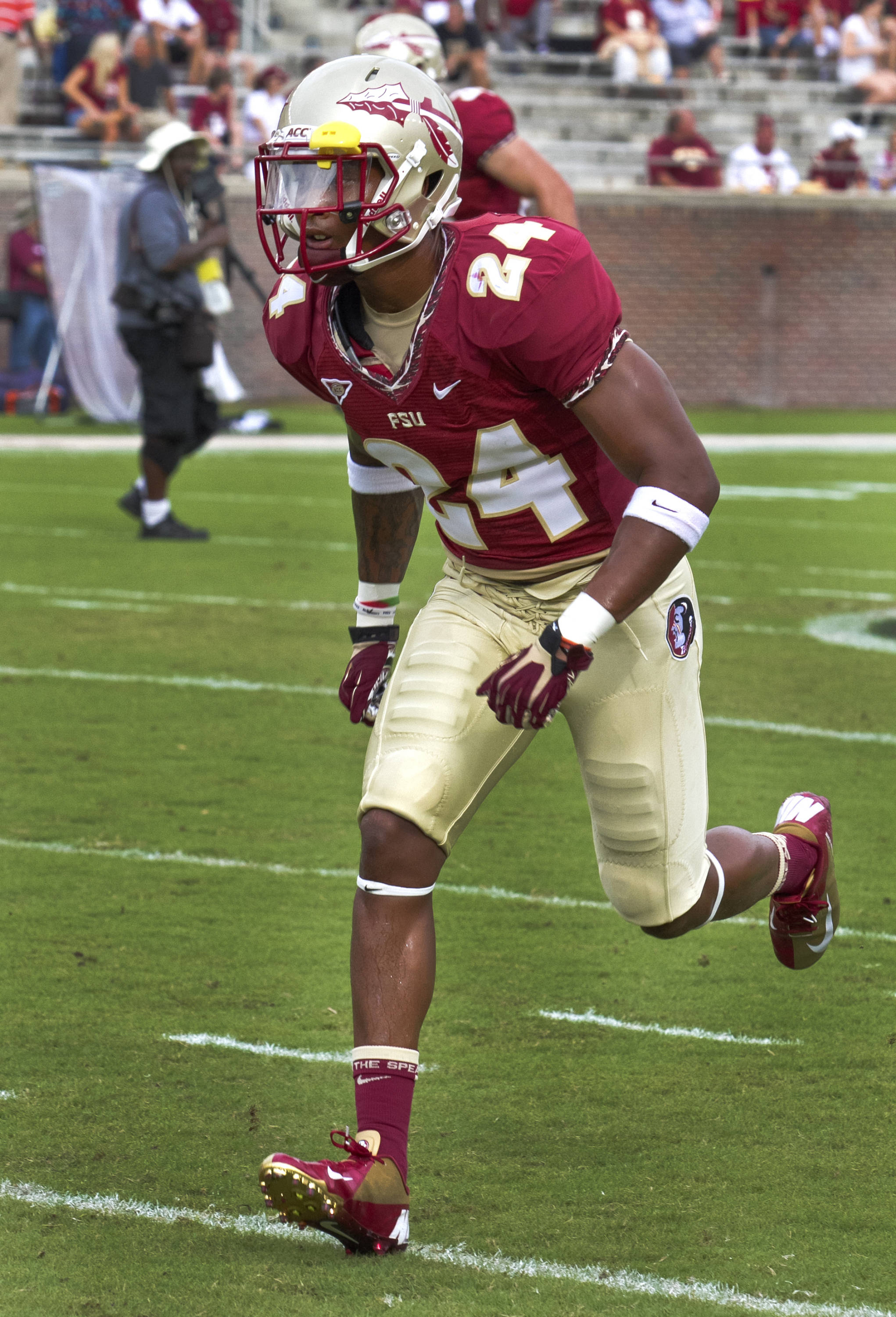Lonnie Pryor (24),  FSU vs Savannah State, 9/8/12 (Photo by Steve Musco)