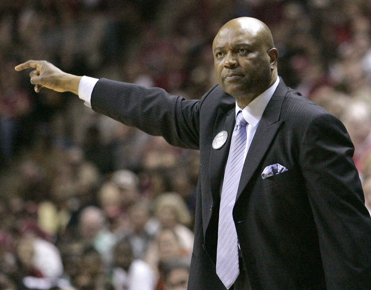 Florida State head coach Leonard Hamilton directs his defense against Virginia Tech during the second half. (AP Photo/Steve Cannon)