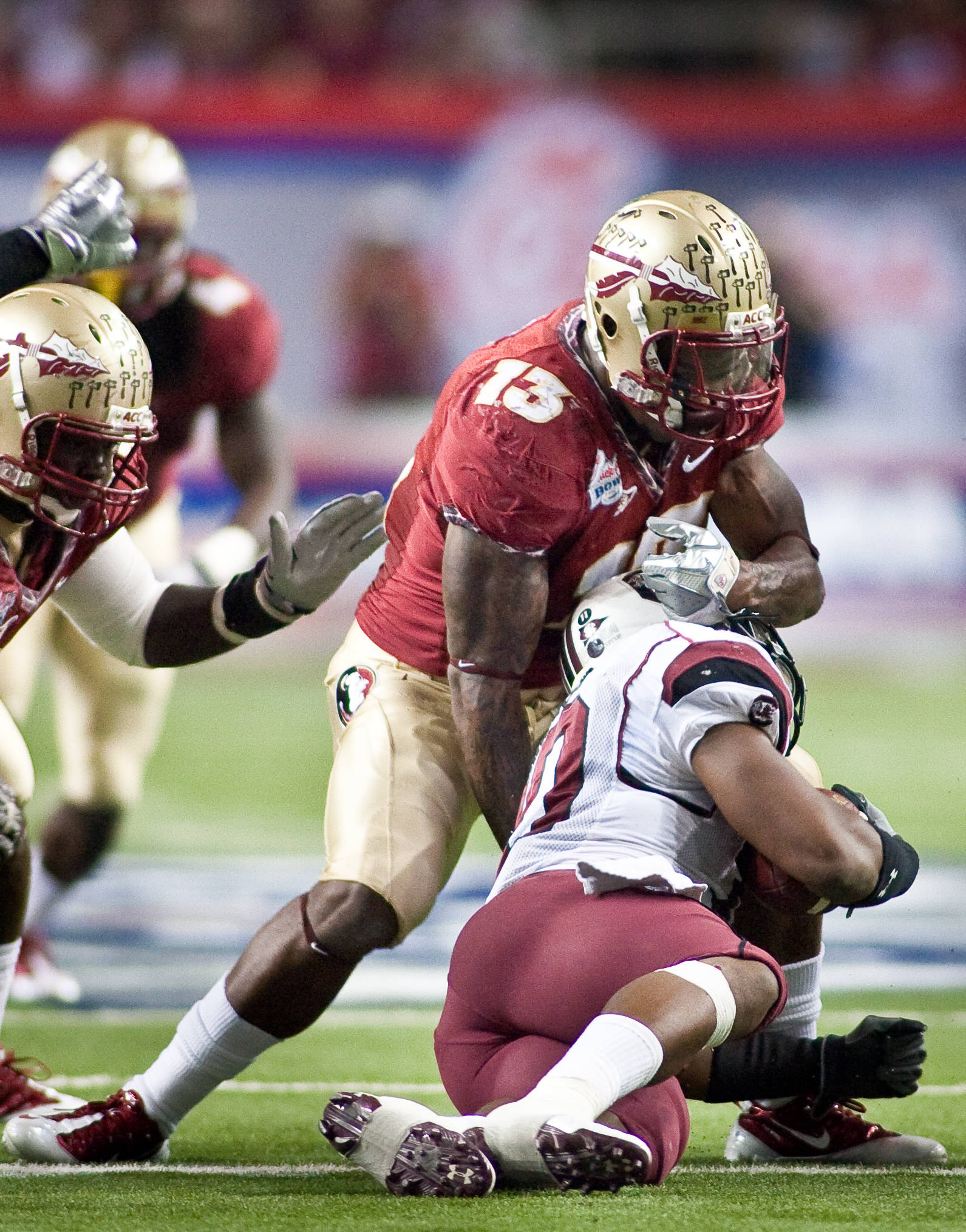 Nigel Bradham (13) with a big tackle