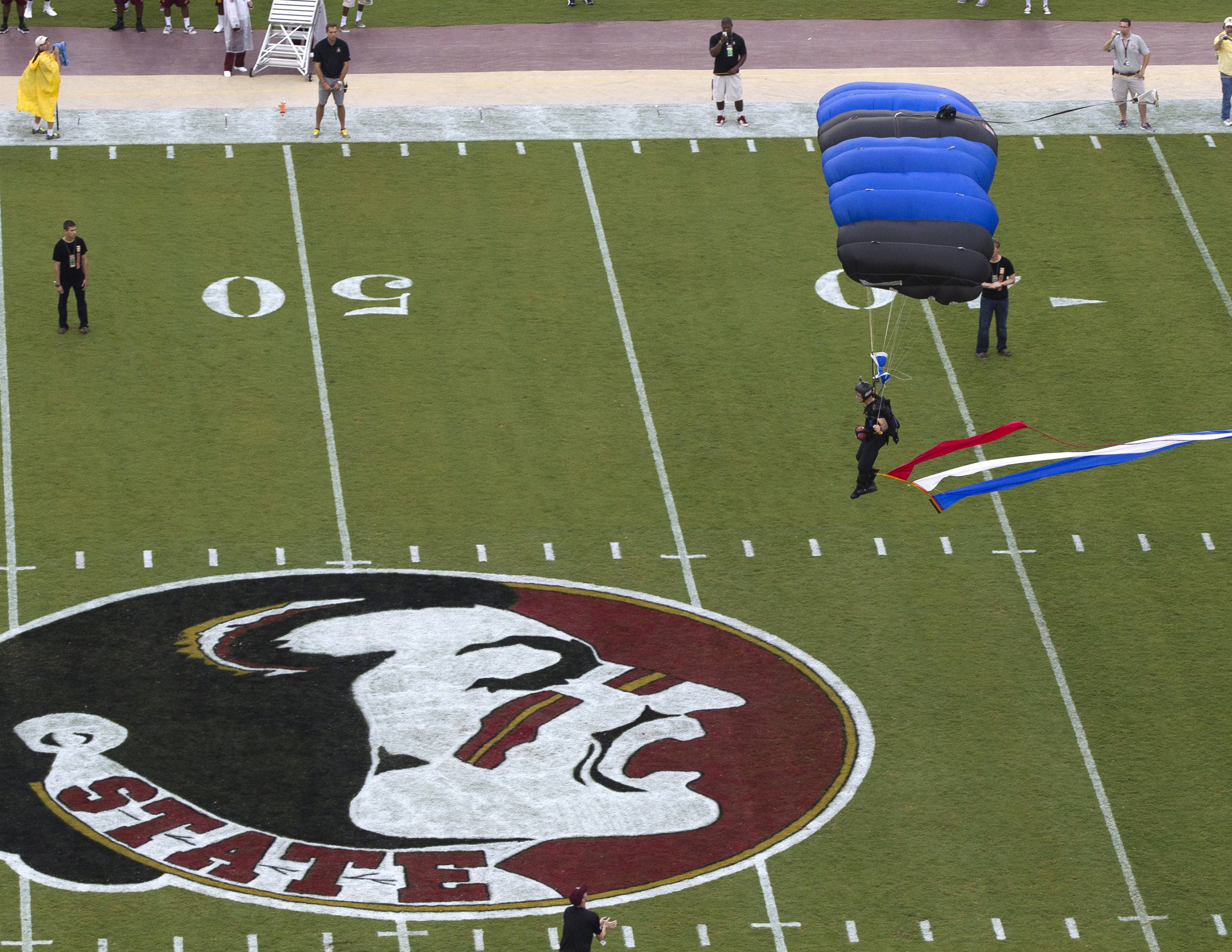 Special Operations Chuters from Tampa, FSU vs Bethune-Cookman,  9-21-13, (Photo by Steve Musco)