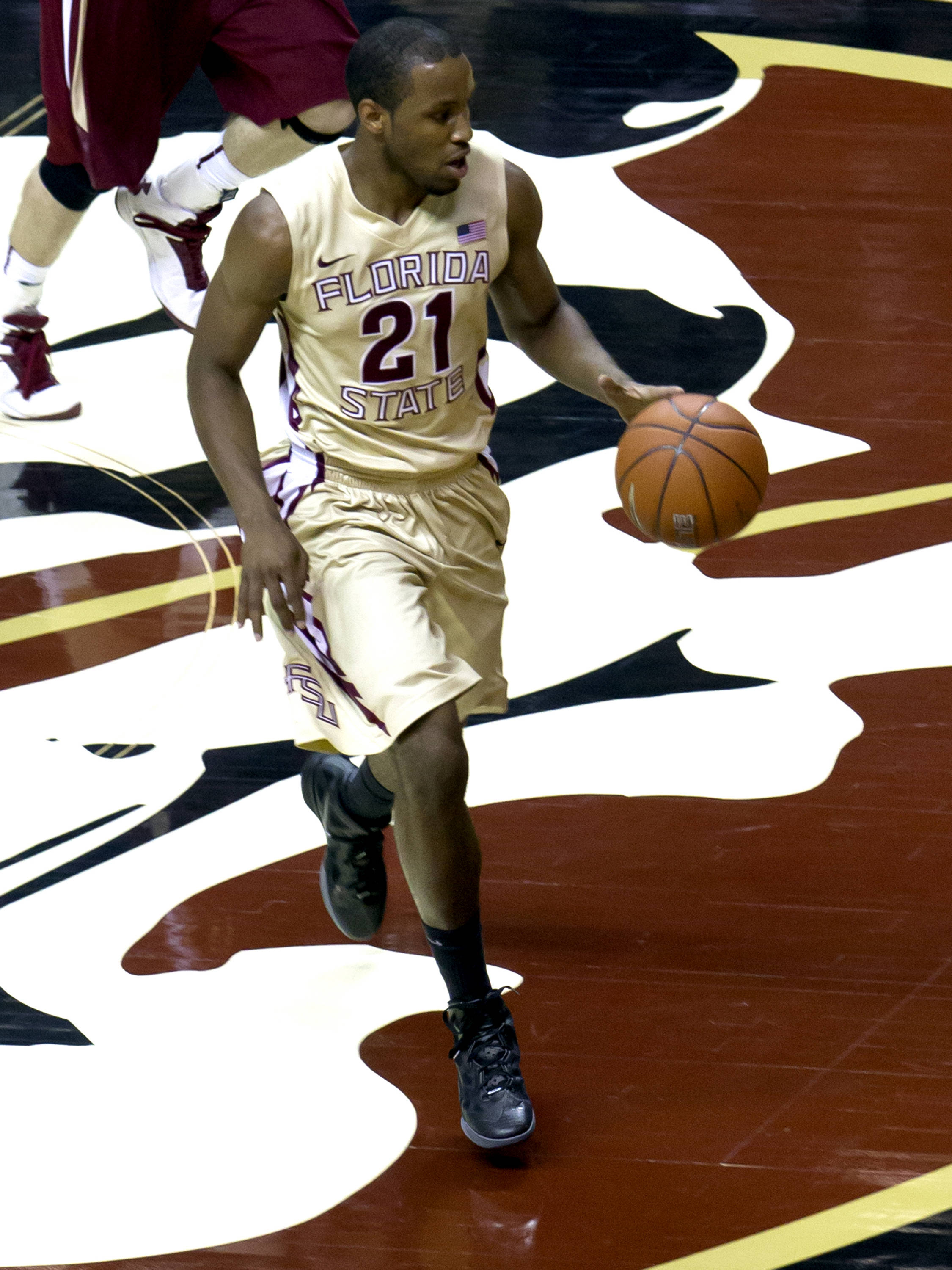 Michael Snaer (21), FSU vs BC, 02/16/13. (Photo by Steve Musco)