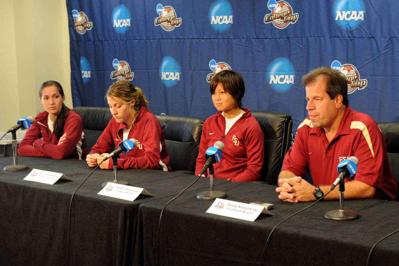 From L to R: Libby Gianeskis, Becky Edwards, Mami Yamaguchi and head coach Mark Krikorian participate in the pre-tournament press conference at the College Cup.