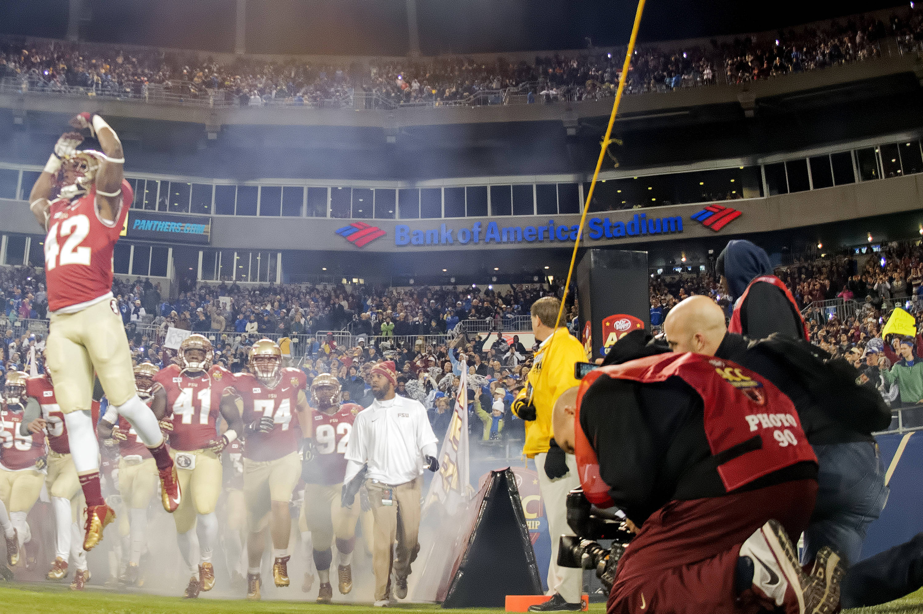 FSU takes the field for the ACC Championship