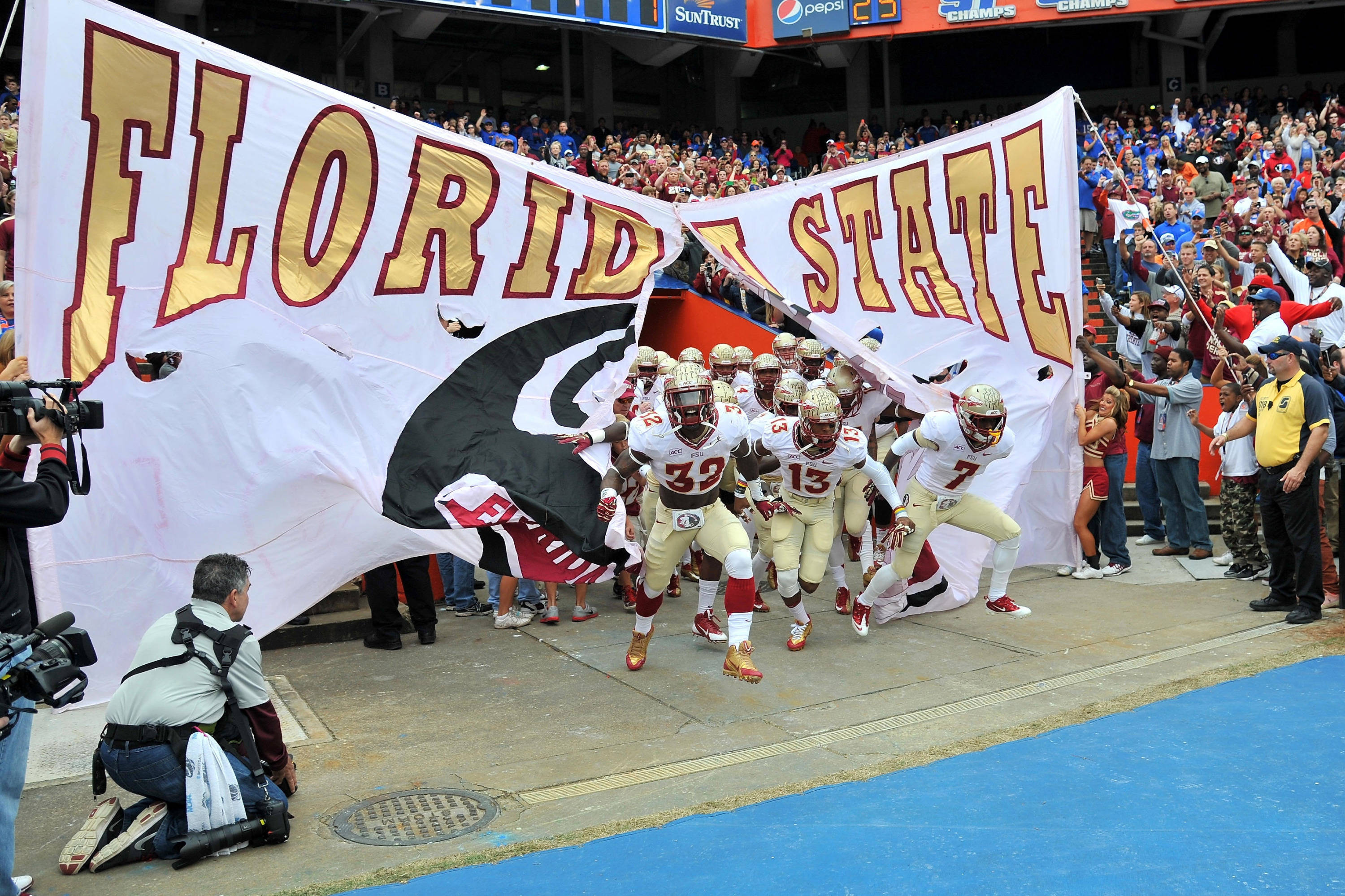 Florida State Seminoles players take the field. Mandatory Credit: Steve Mitchell-USA TODAY Sports