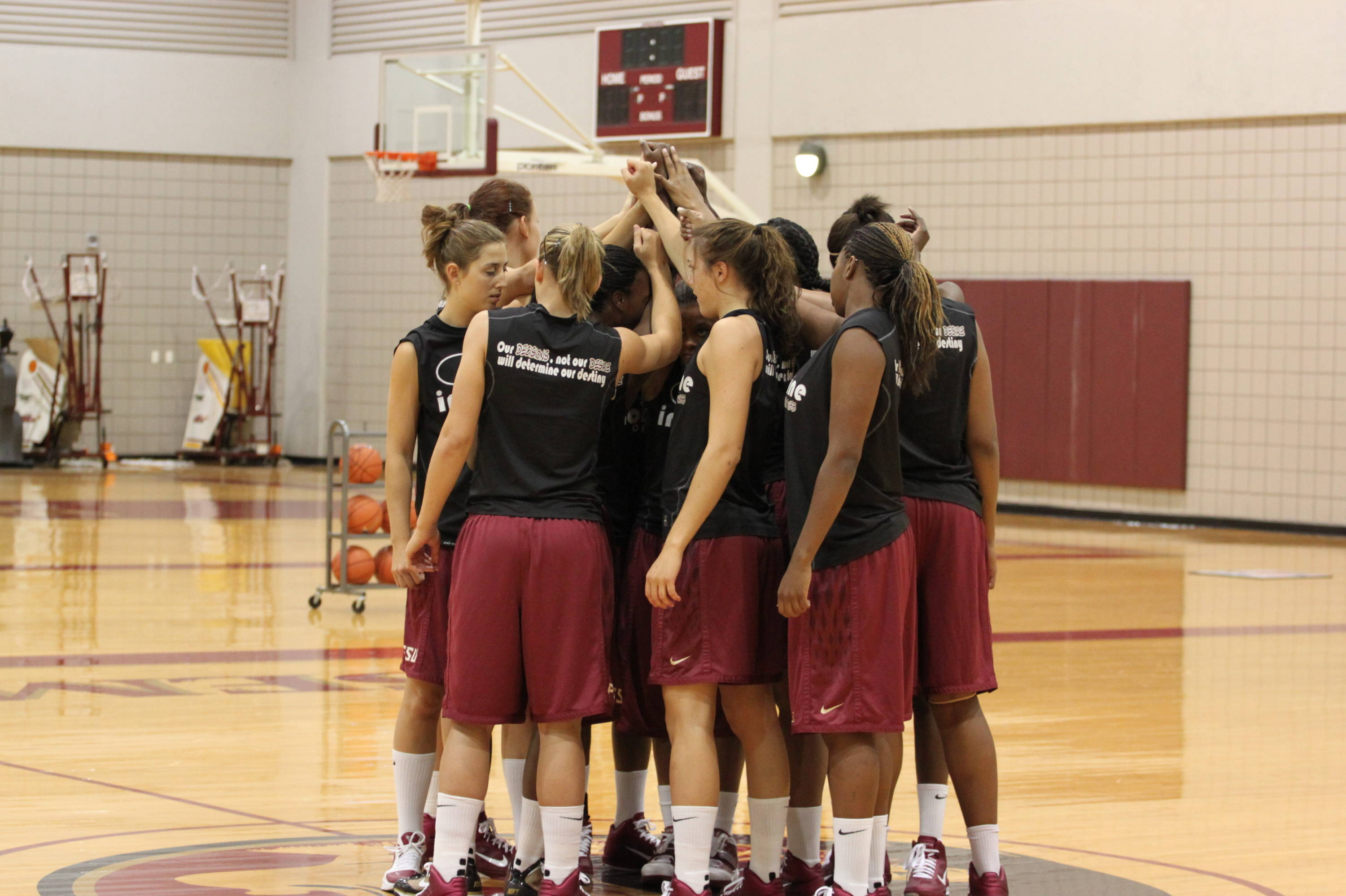 The 2010-11 Seminoles gather before the start of practice.