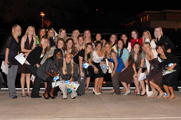The Seminoles outside the limos prior to the banquet.