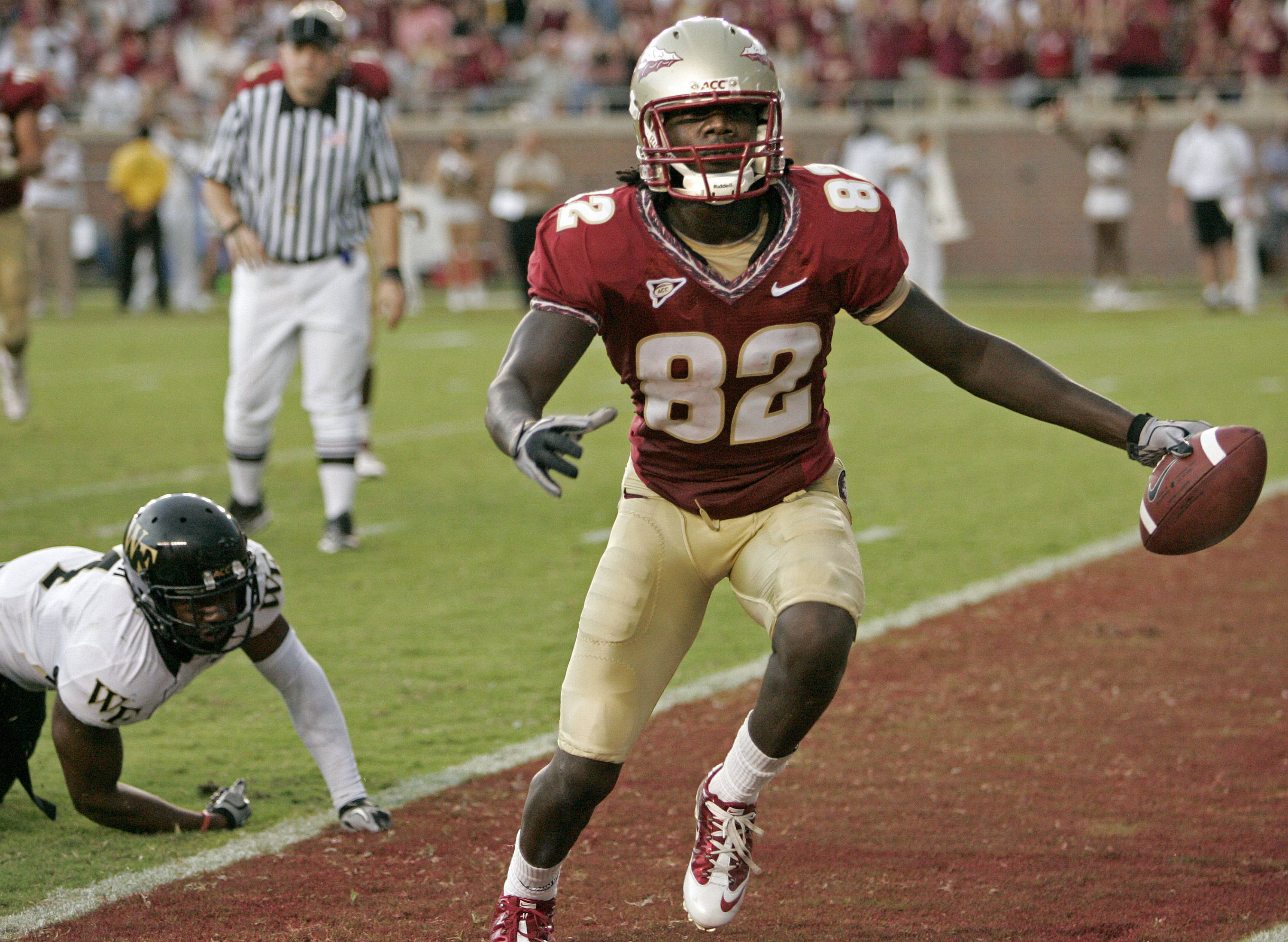 Florida State's Willie Haulstead (82) beats Wake Forest's Josh Bush on a pass-play to score in the fourth quarter of an NCAA college football game which Florida State won 31-0 on Saturday, Sept. 25, 2010, in Tallahassee, Fla. (AP Photo/Steve Cannon)