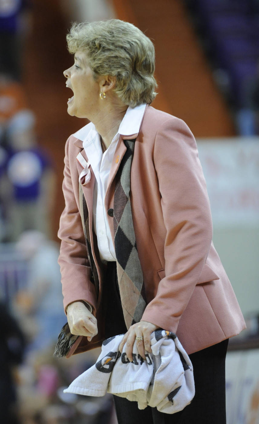 Clemson coach Cristy McKinney shouts instructions to her team during the 75-58 loss against Florida State in Clemson, S.C., Thursday, Feb. 19, 2009. (AP Photo/Patrick Collard)