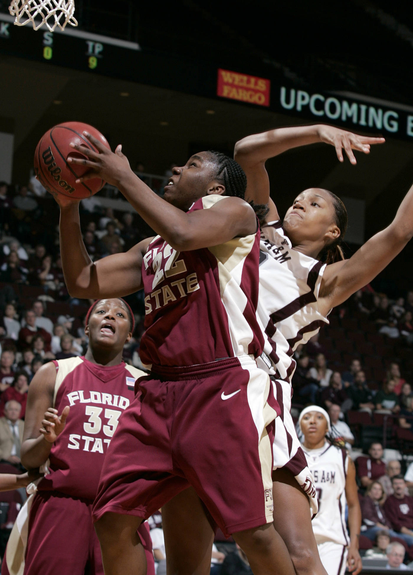 Florida State's Shante Williams goes for the basket while guarded by Texas A&M's La Toya Micheaux during the second half of their basketball game Thursday, Dec. 6, 2007 at Reed Arena in College Station, Texas. Texas A&M defeated Florida State 81-67. (AP Photo/Paul Zoeller)