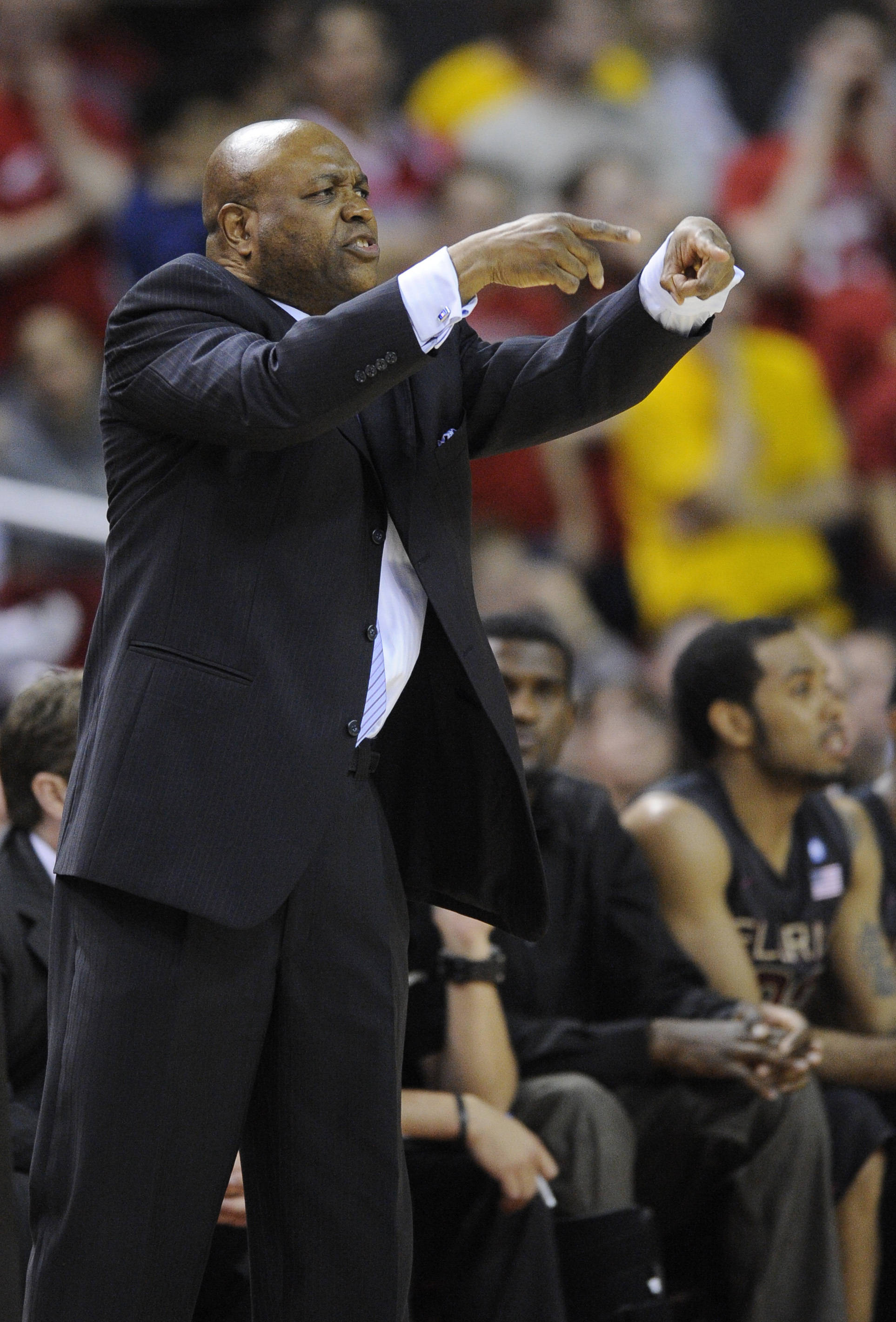 Florida State head coach Leonard Hamilton gestures during the second half of an NCAA college basketball game against Maryland, Wednesday, Feb. 23, 2011, in College Park, Md. Maryland won 78-62. (AP Photo/Nick Wass)
