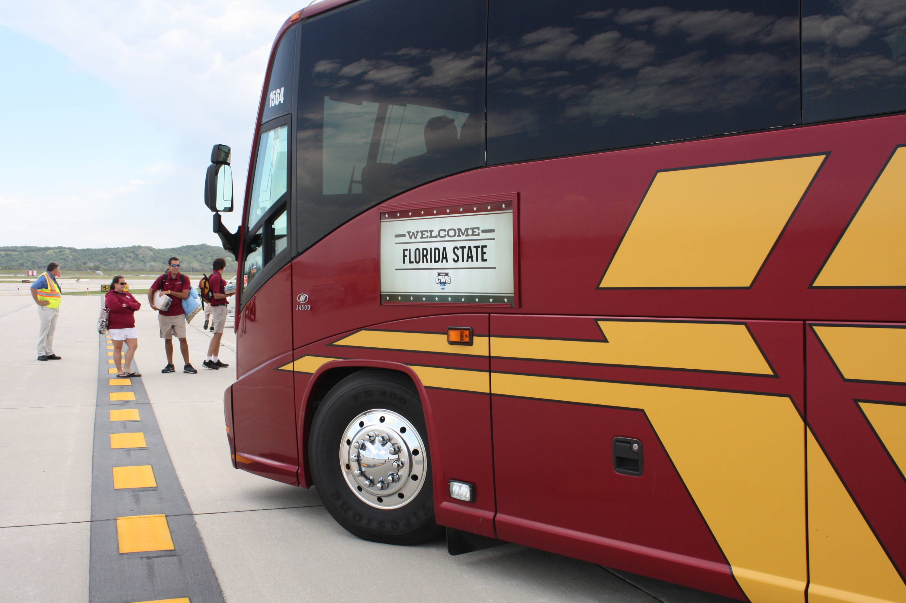 That there is a good lookin bus!