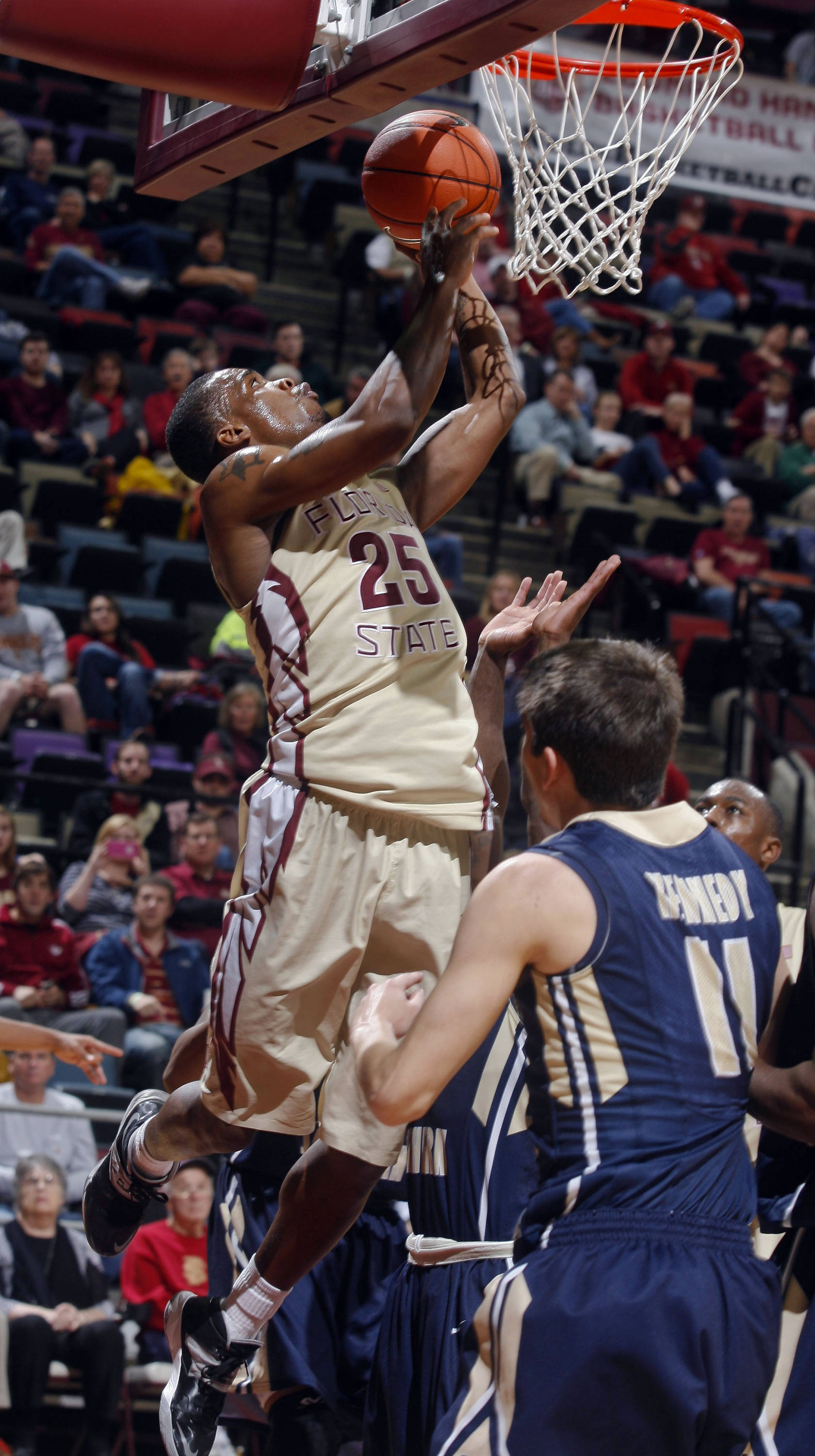 Florida State Seminoles guard Aaron Thomas (25) attempts a layup in the second half. (Phil Sears-USA TODAY Sports)