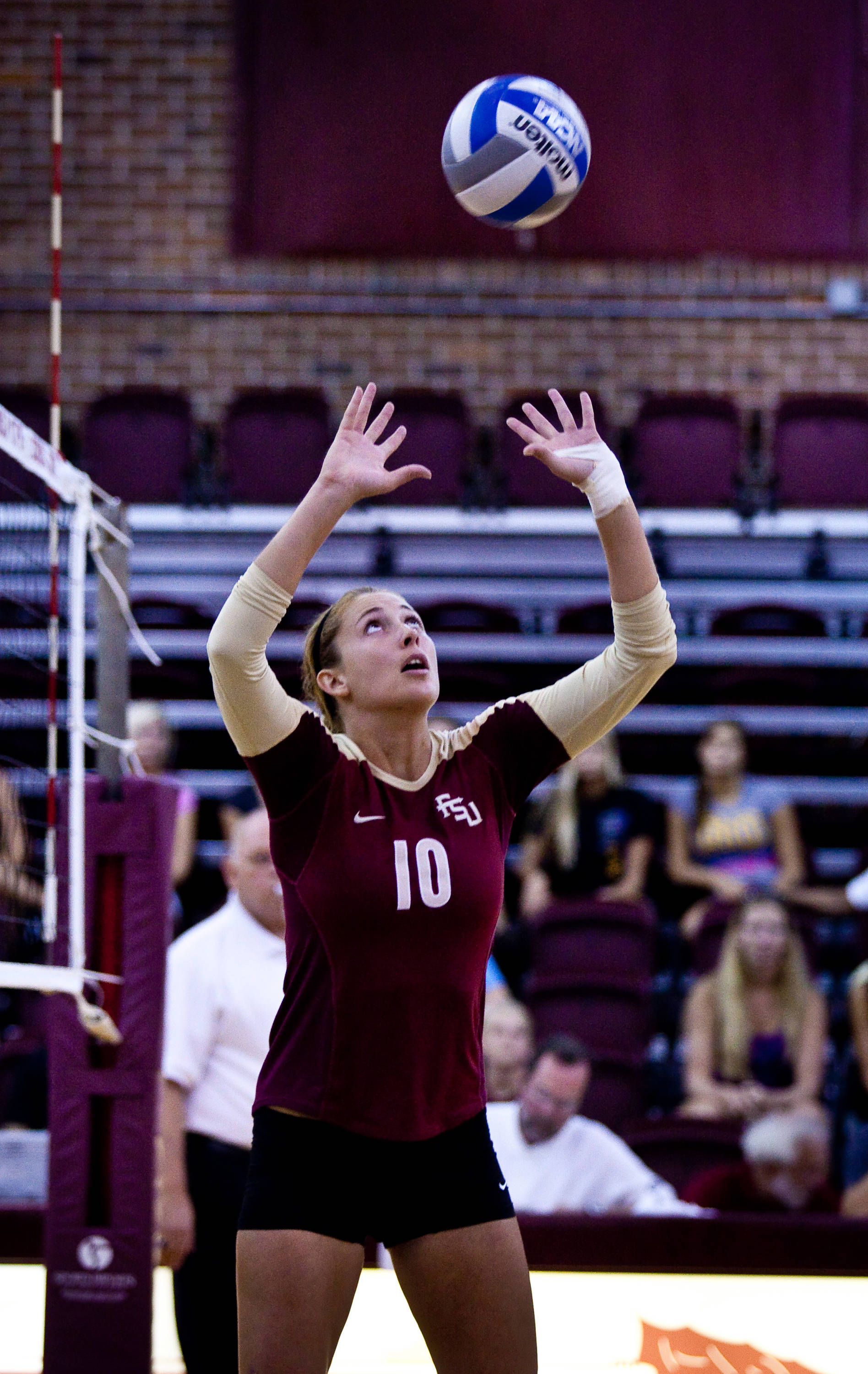 Freshman Sarah Wickstrom (10) found her attackers early and often today.