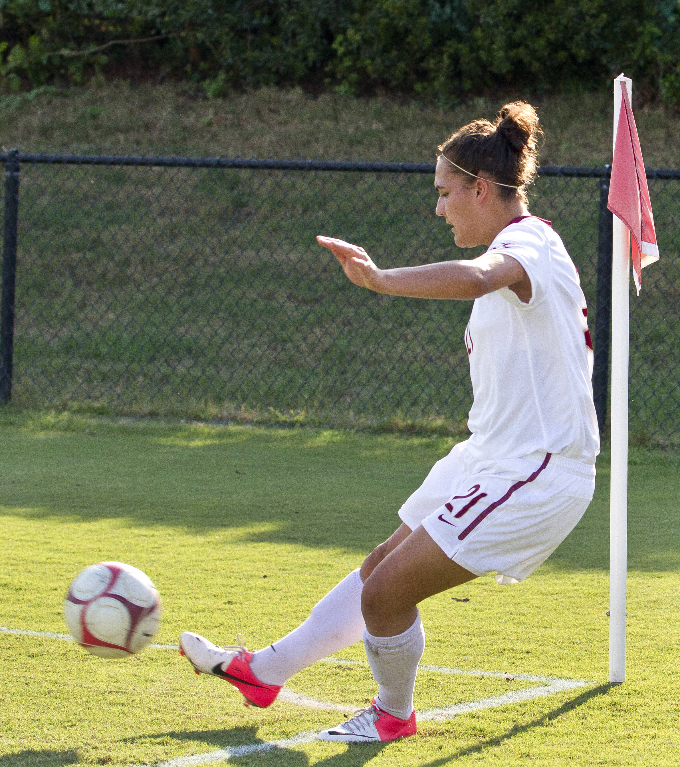 Marta Bakowska-Mathews corner kicks led to two assists, FSU vs Jackson State, 9/21/12 (Photo by Steve Musco)