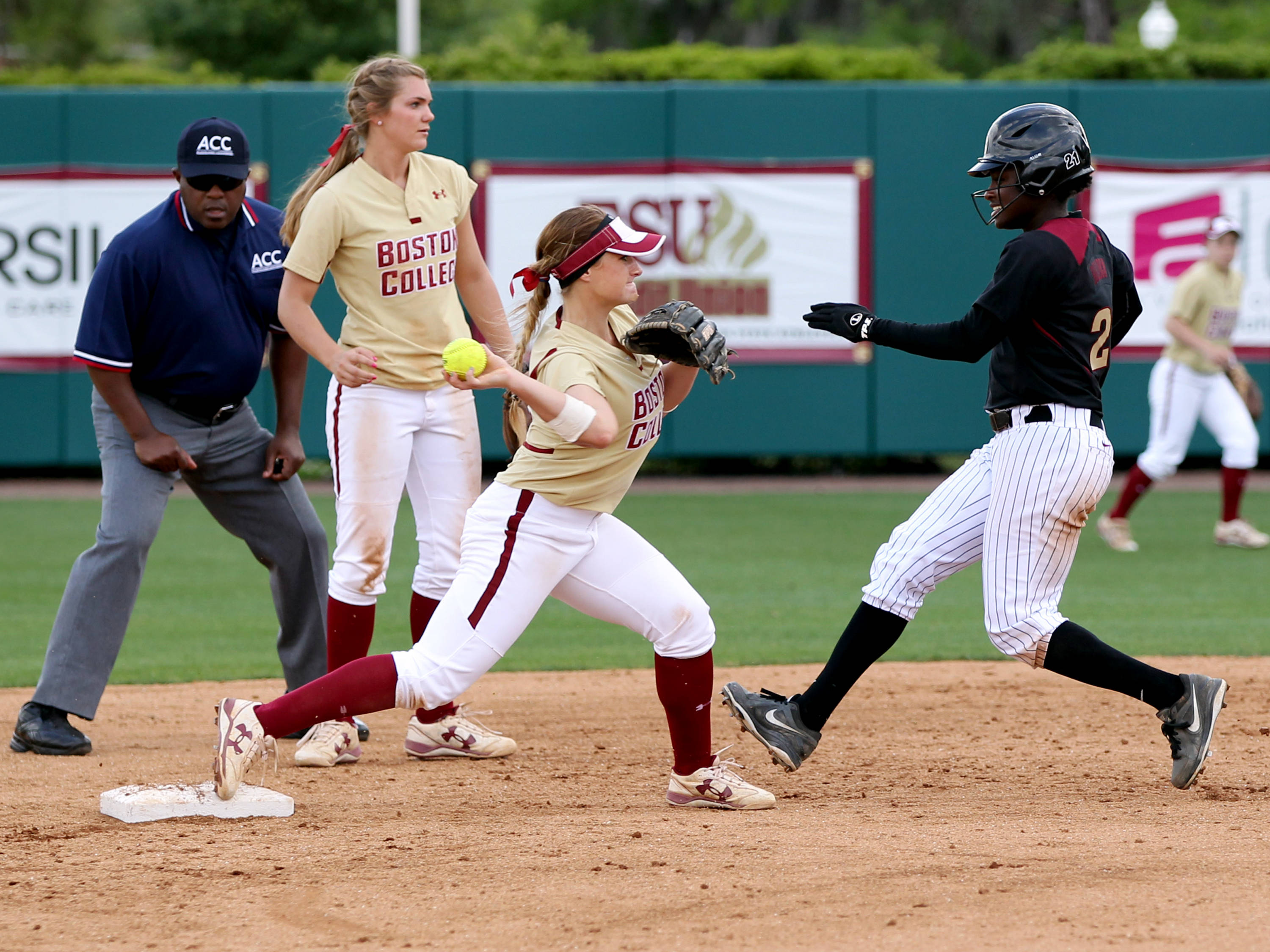Morgan Bullock (21), FSU vs BC, 04/07/13 . (Photo by Steve Musco)