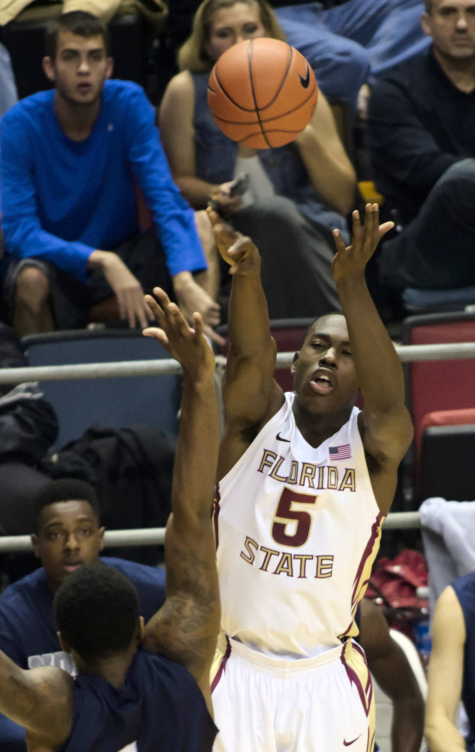 Montay Brandon (5), FSU vs No. Fla, 11/21/12. (Photo by Steve Musco)