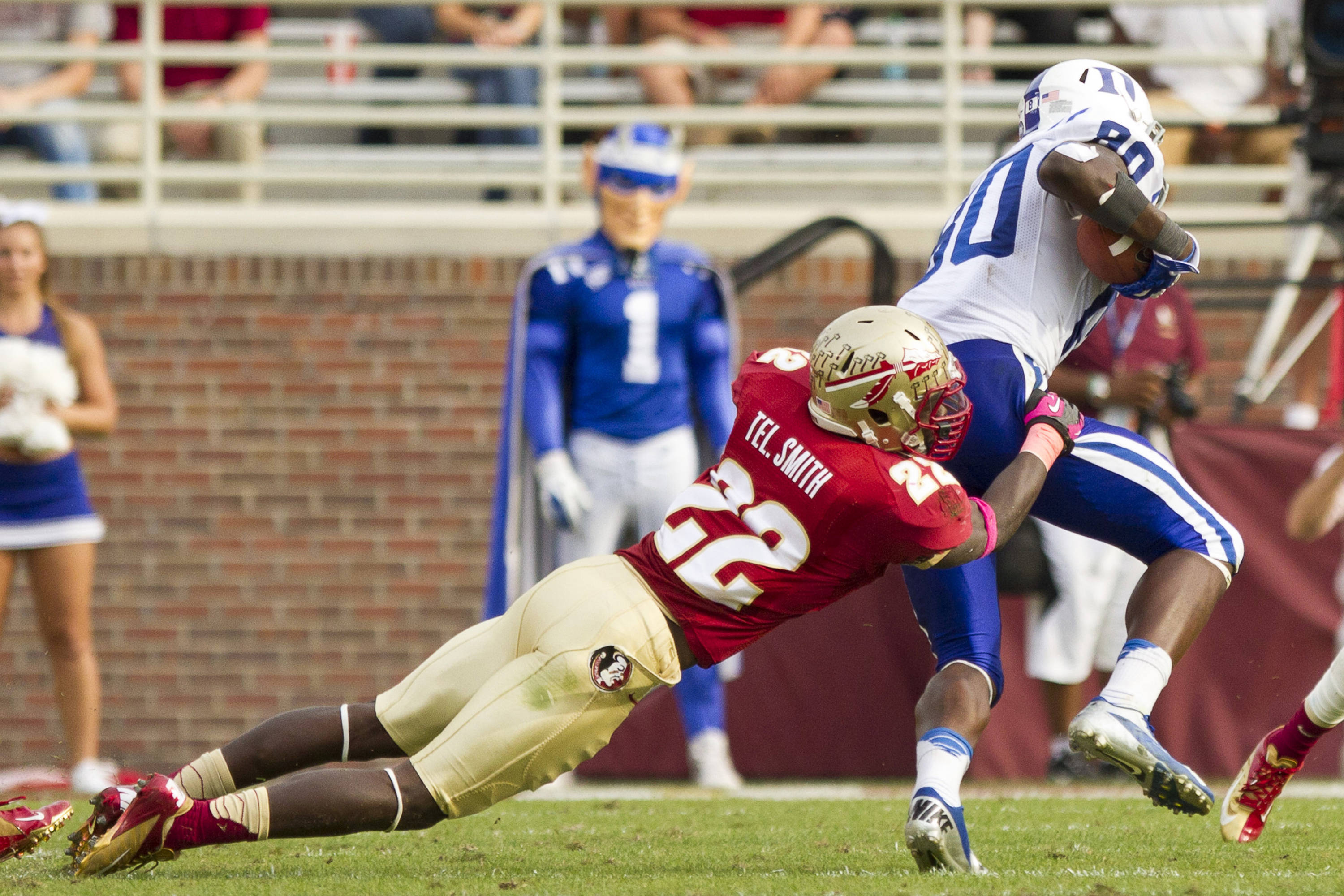 Telvin Smith (22) tackles a Duke ball carrier during FSU's 48-7 victory over Duke on October 27, 2012 in Tallahassee, Fla.