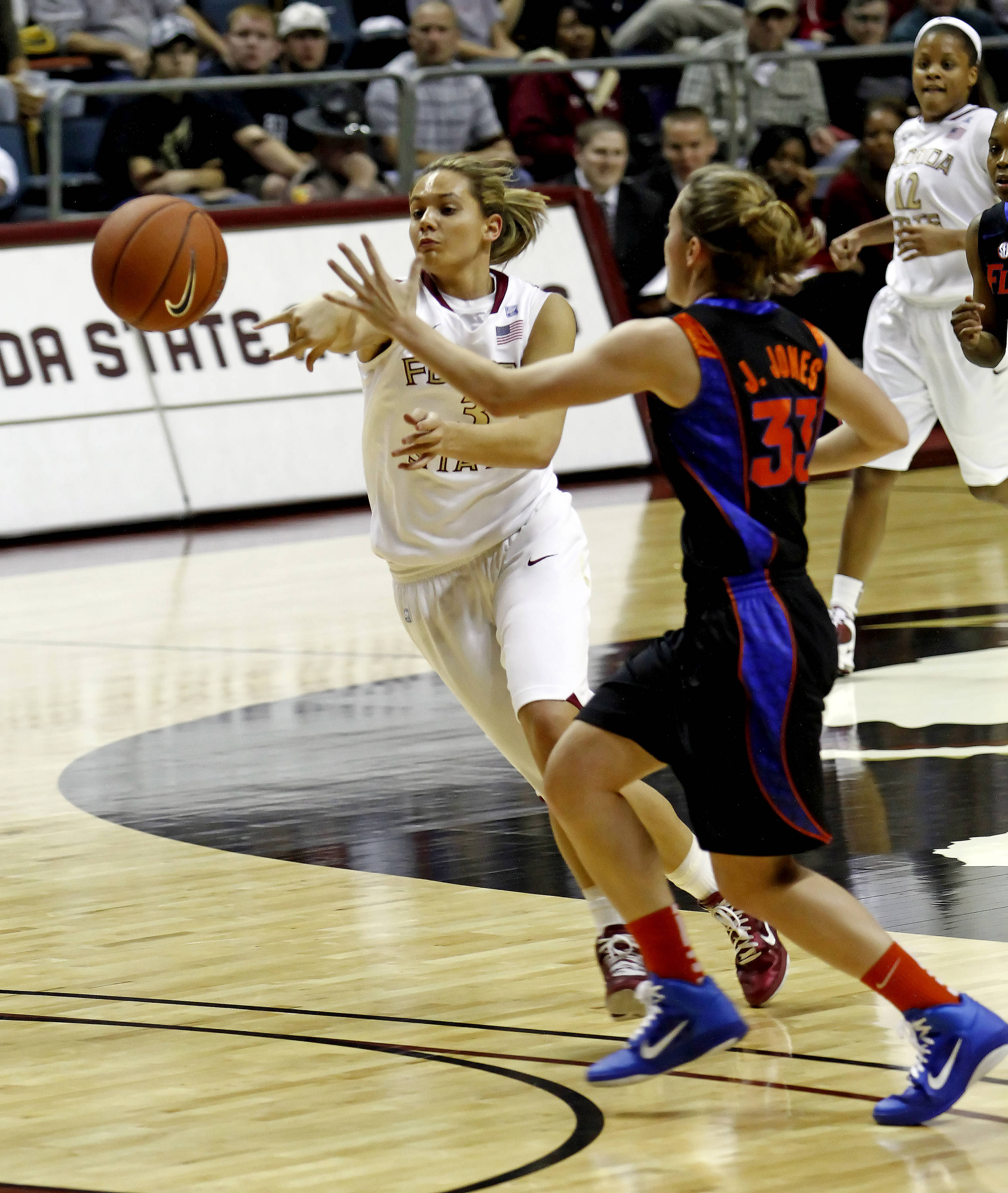 FSU vs Florida - 12/28/10 - Alexa Deluzio (3),#$%^Photo by Steve Musco