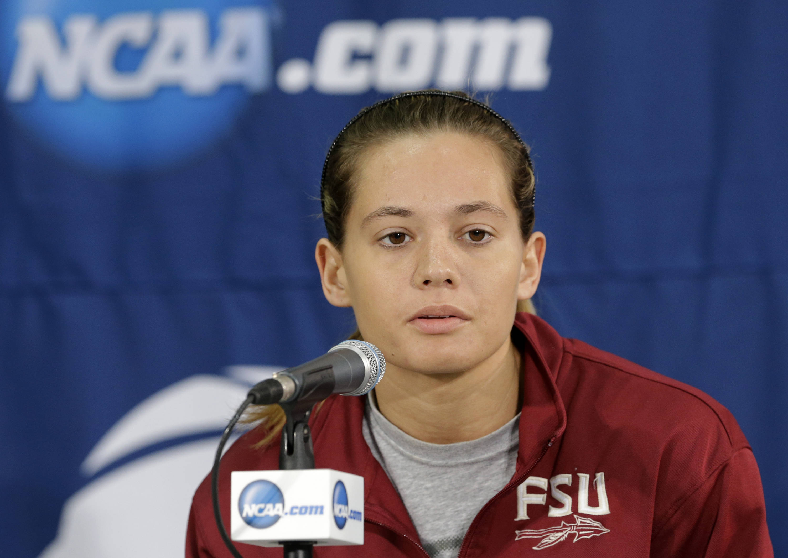 Florida State guard Alexa DeLuzio responds to a reporters question during a press conference at the women's NCAA college basketball tournament Monday, March 25, 2013, in Waco, Texas. FSU is scheduled to play Baylor on Tuesday. (AP Photo/Tony Gutierrez)
