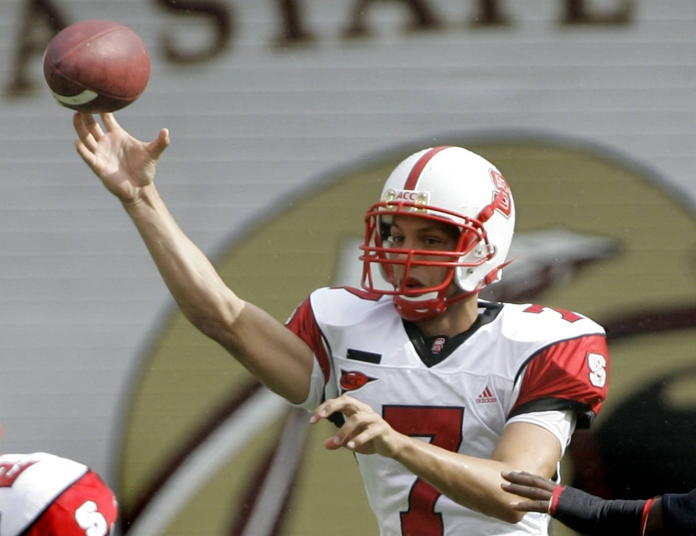 North Carolina State quarterback Daniel Evans throws a first-quarter pass. (AP Photo/Phil Coale)