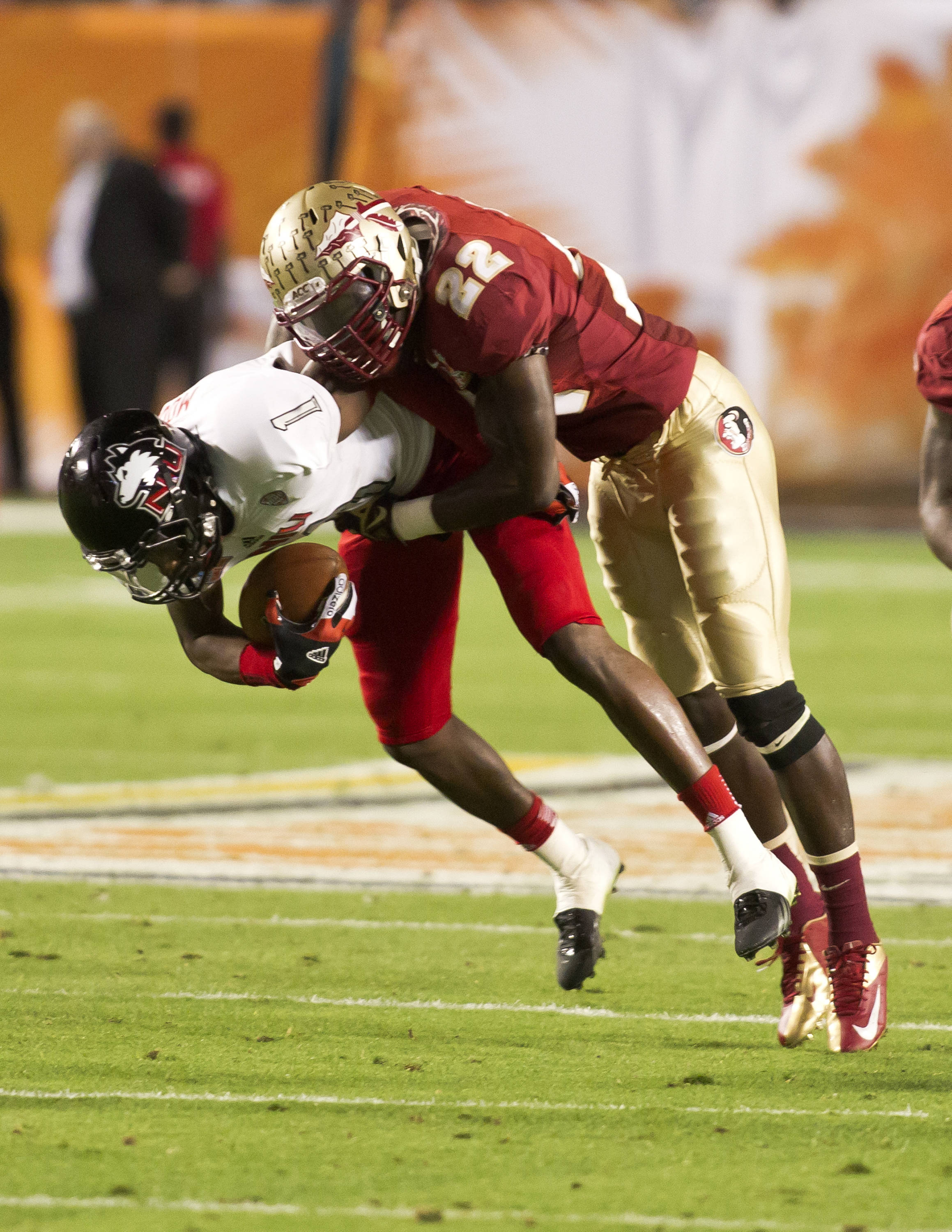 Telvin Smith (22), FSU vs No. Illinois, 01/01/13. (Photo by Steve Musco)
