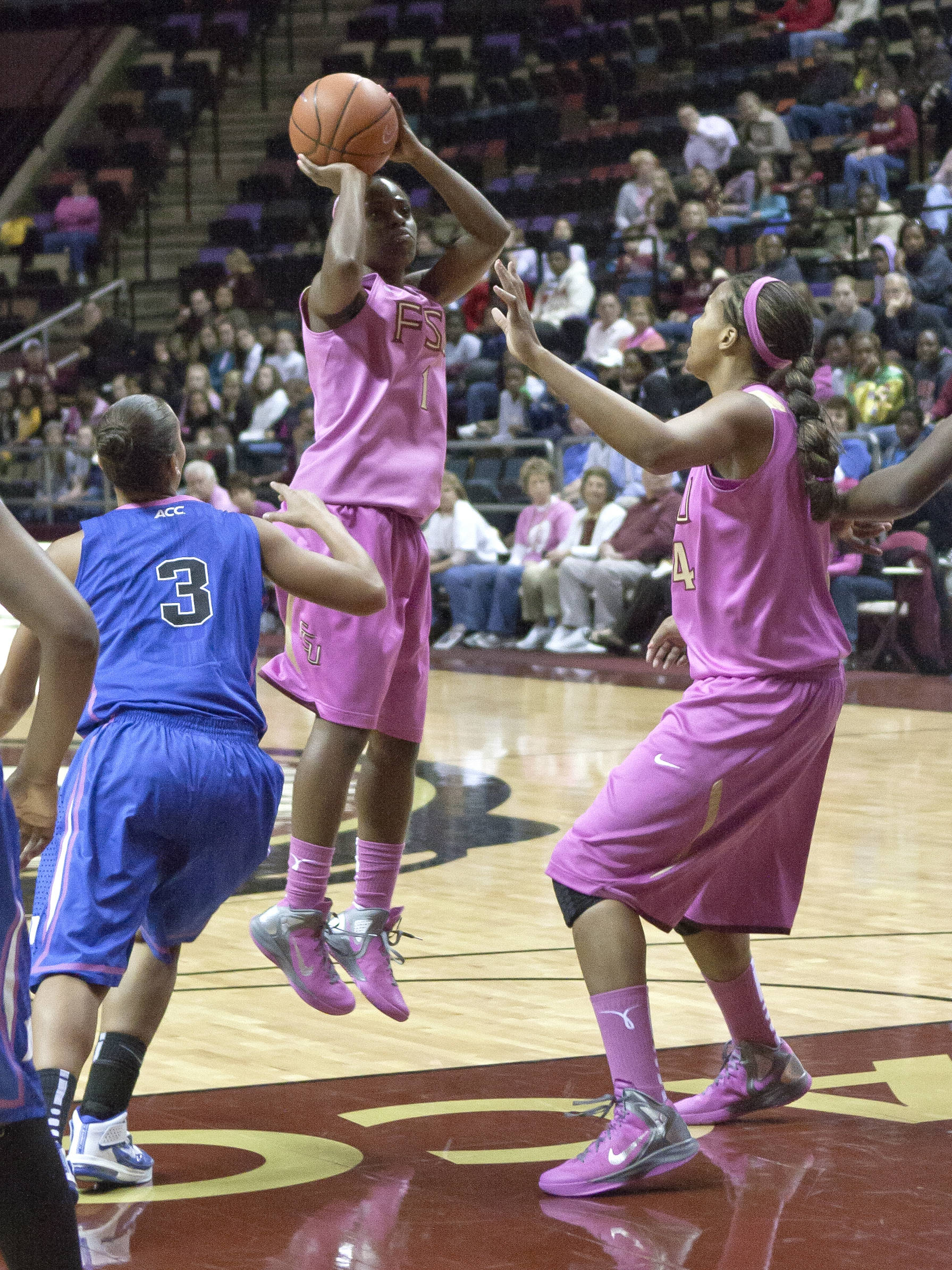 Morgan Toles (1), Chelsea Davis (34), FSU vs Duke  02/12/2012