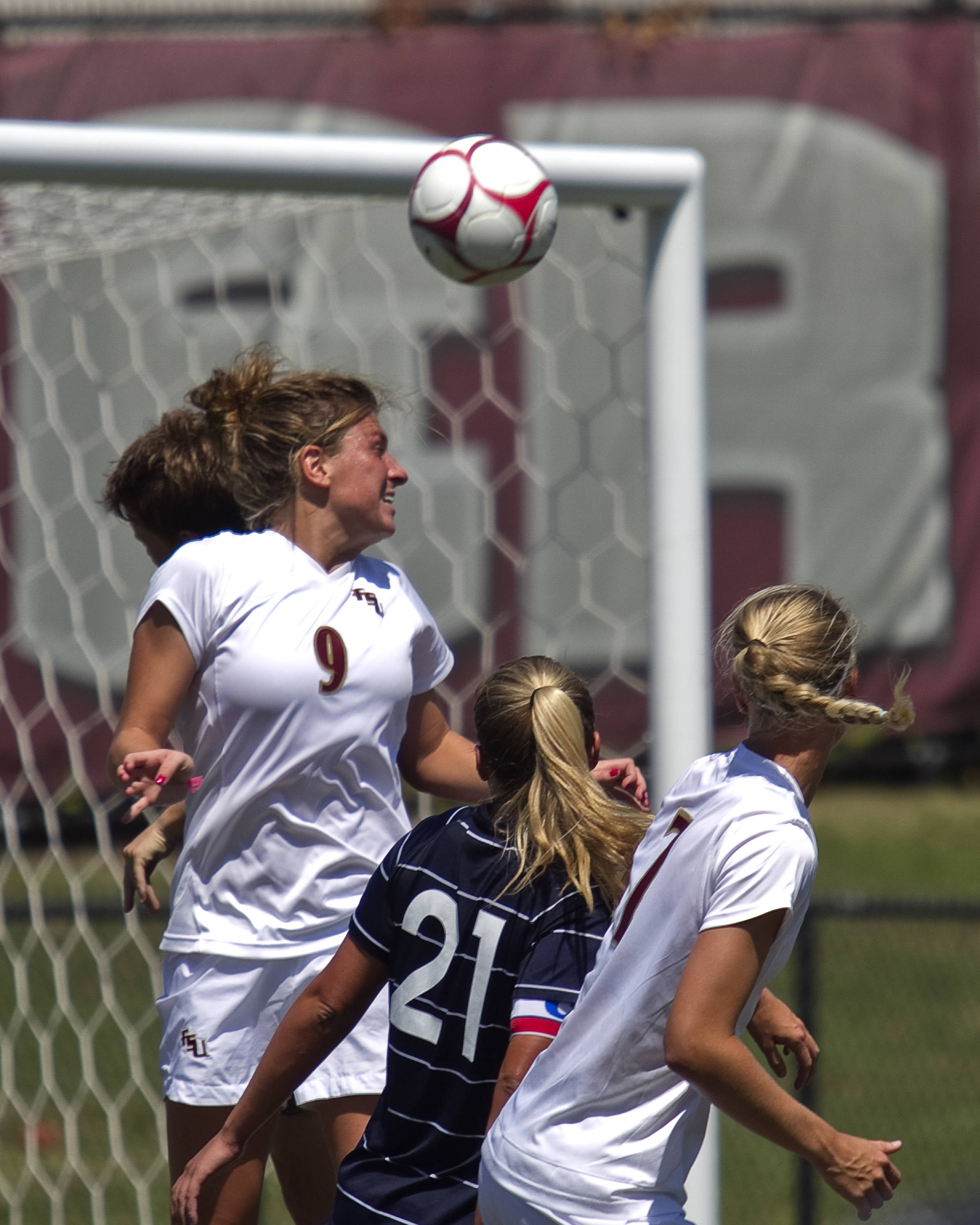 Kassey Kallman (9) header assist on Tori Huster's goal