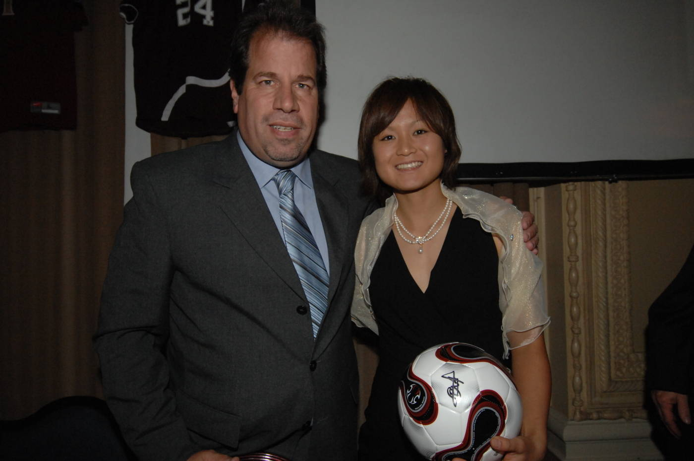 Mami Yamaguchi and head coach Mark Krikorian at the Hermann Trophy banquet.