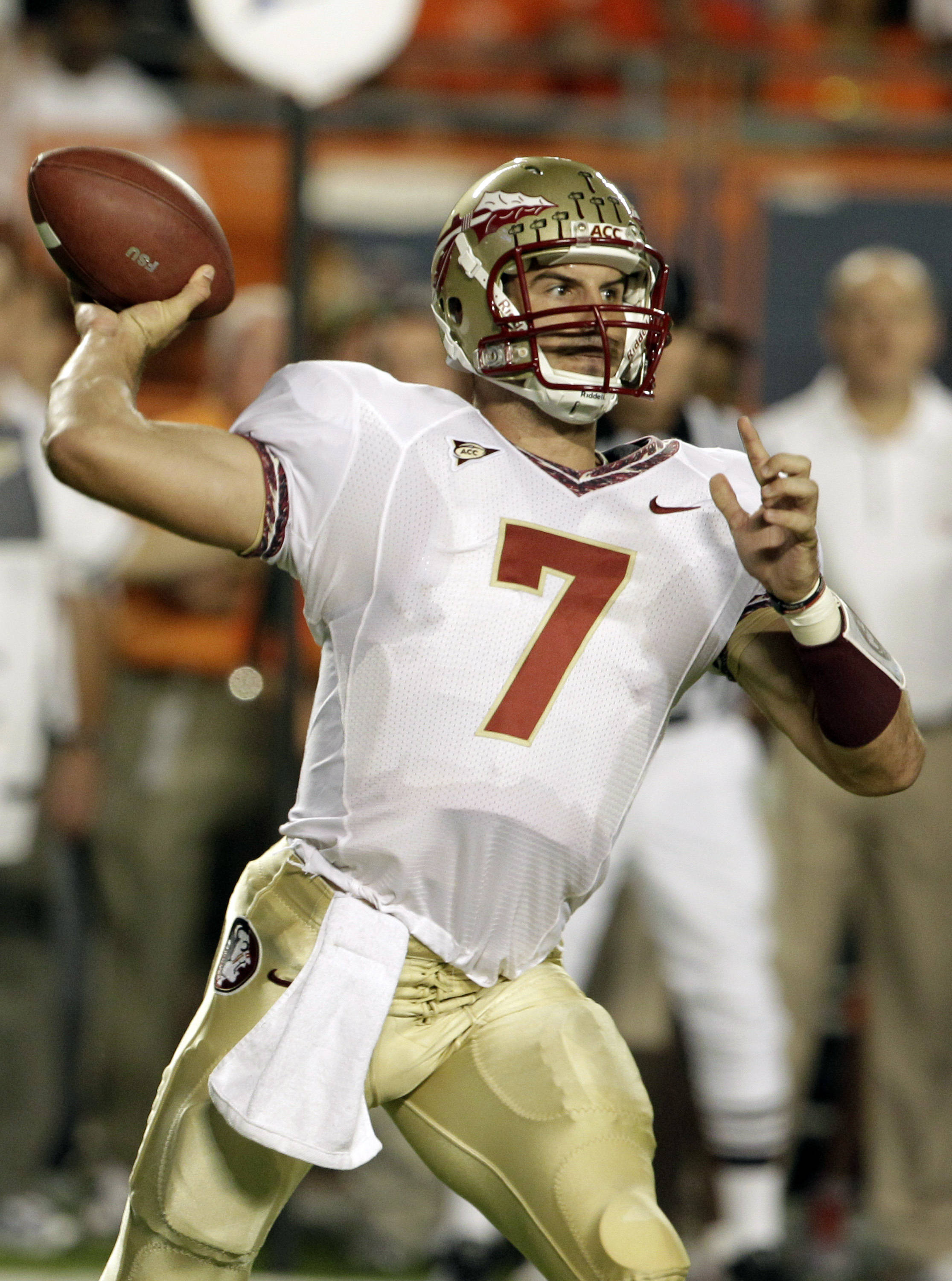 Florida State quarterback Christian Ponder throws in the first quarter.