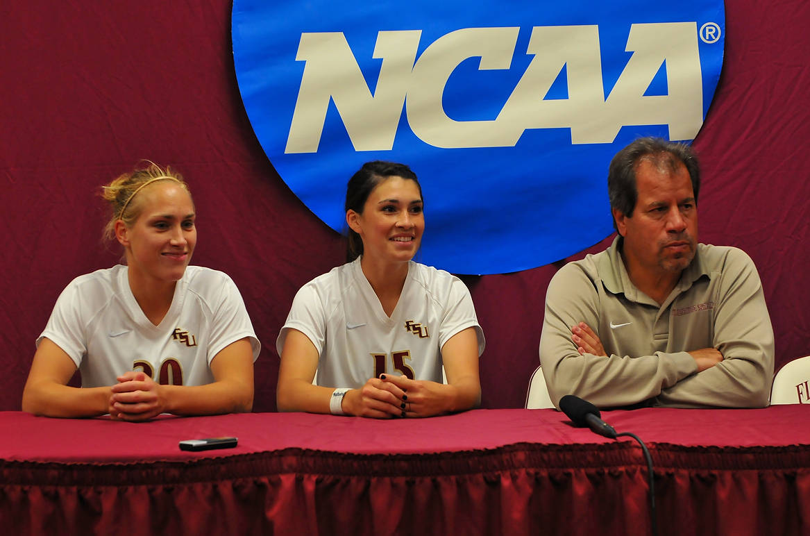 Janice Cayman, Tiana Brockway and head coach Mark Krikorian in the post-game press conference