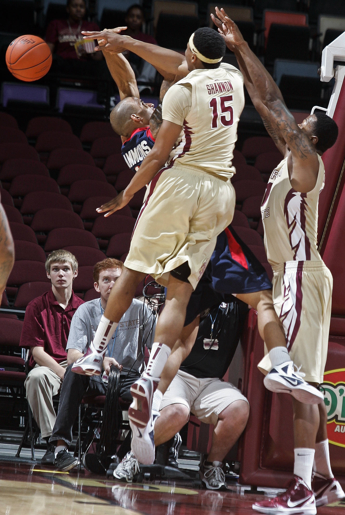 Florida State forward Terrance Shannon (15) rejects a shot by South Alabama guard Mychal Ammons (13). (AP Photo/Phil Sears)