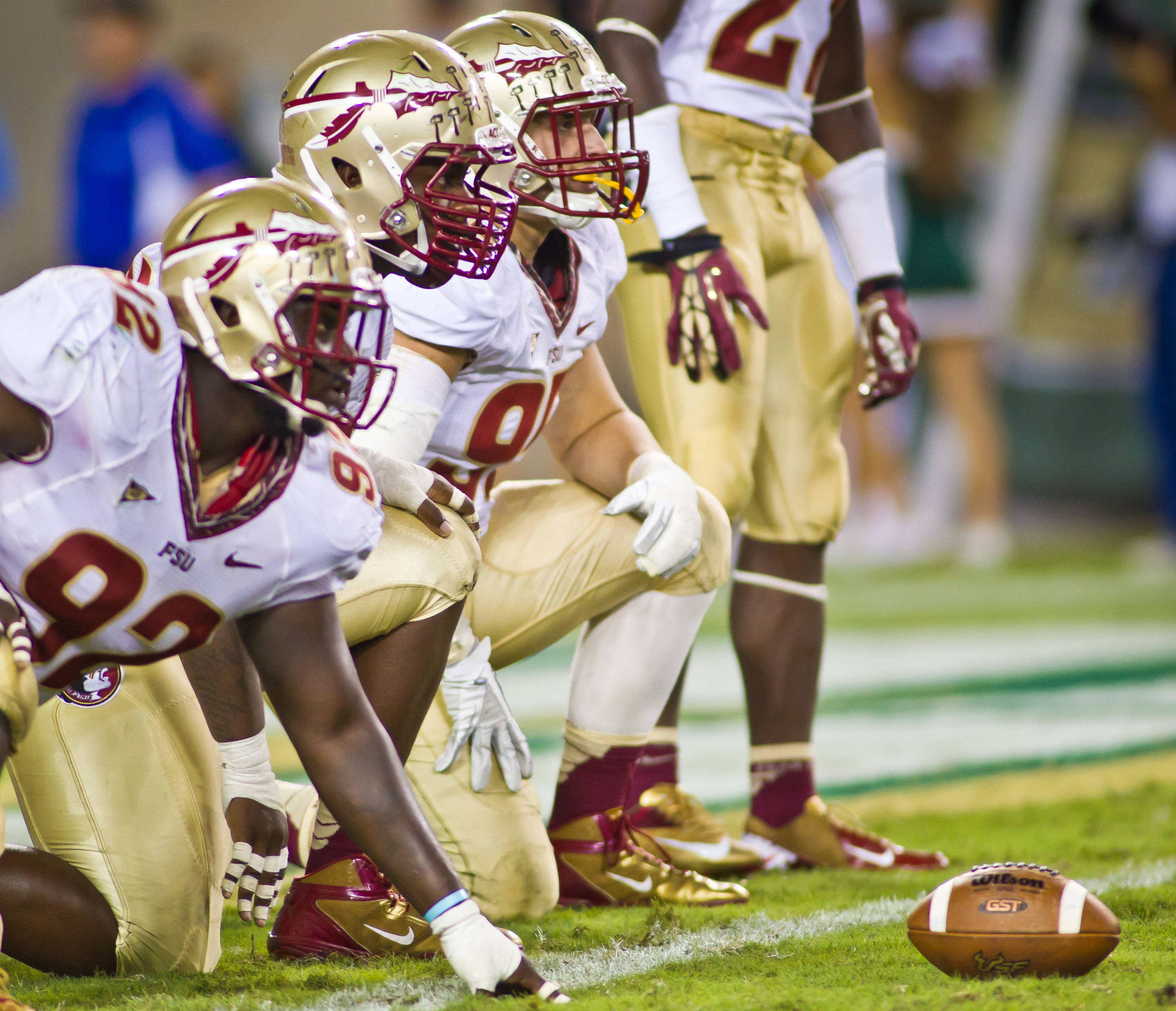 The defensive front lines up to stop USF.