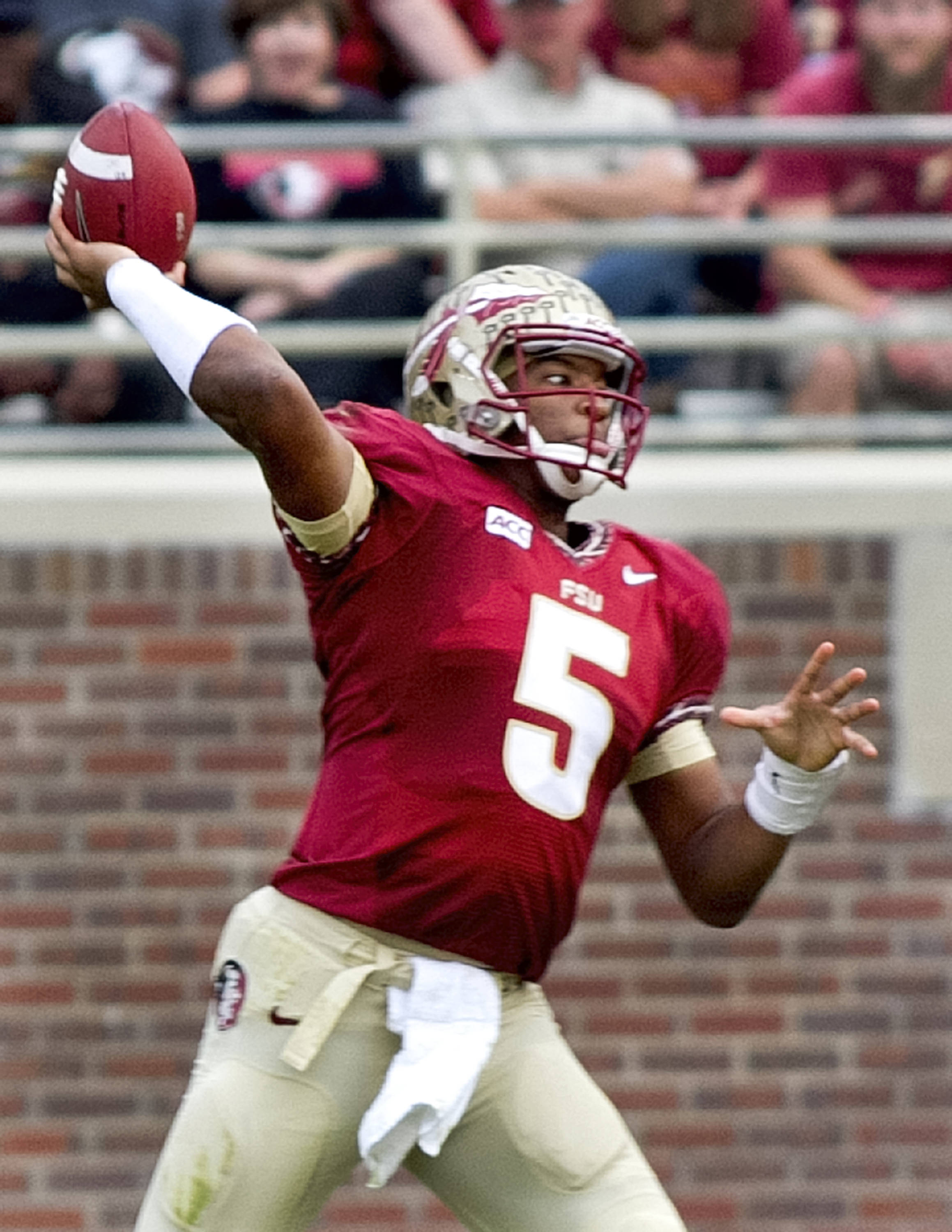Jameis Winston (5), FSU vs Idaho, 11-23-13,  (Photo by Steve Musco)