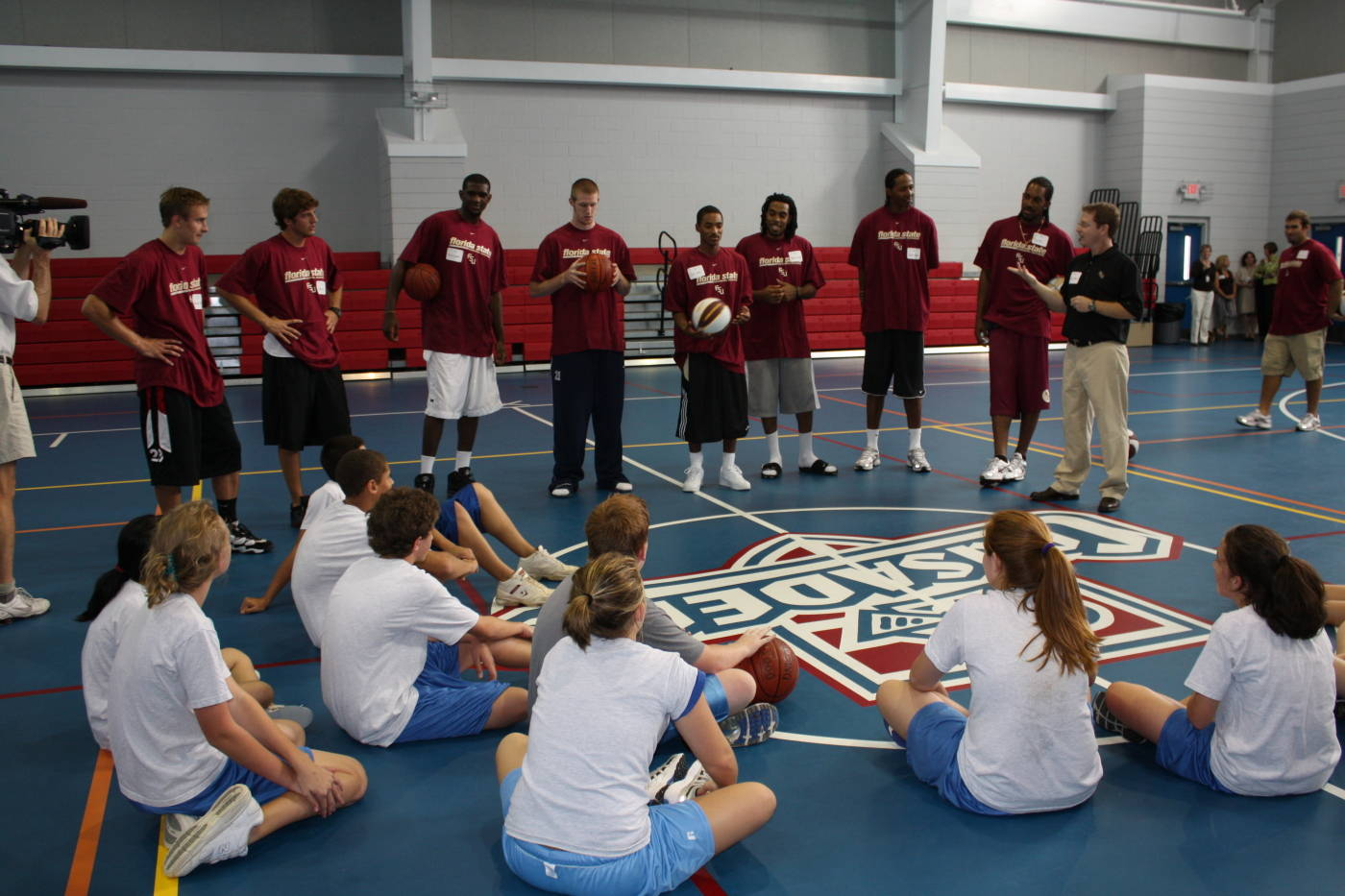 Men's Basketball Community Service At Holy Comforter School In Tallahassee