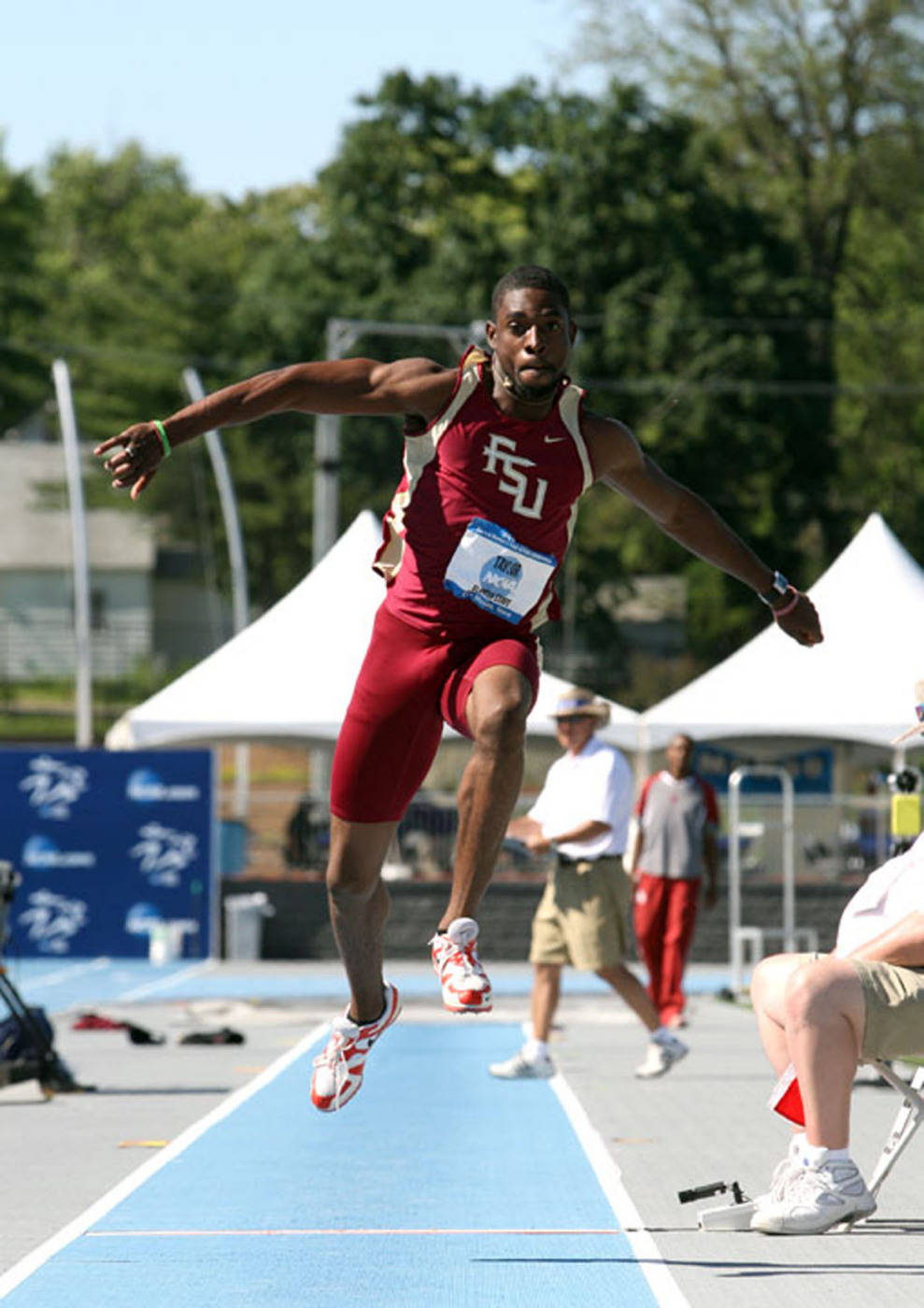 Ray Taylor advanced to the finals of the triple jump.