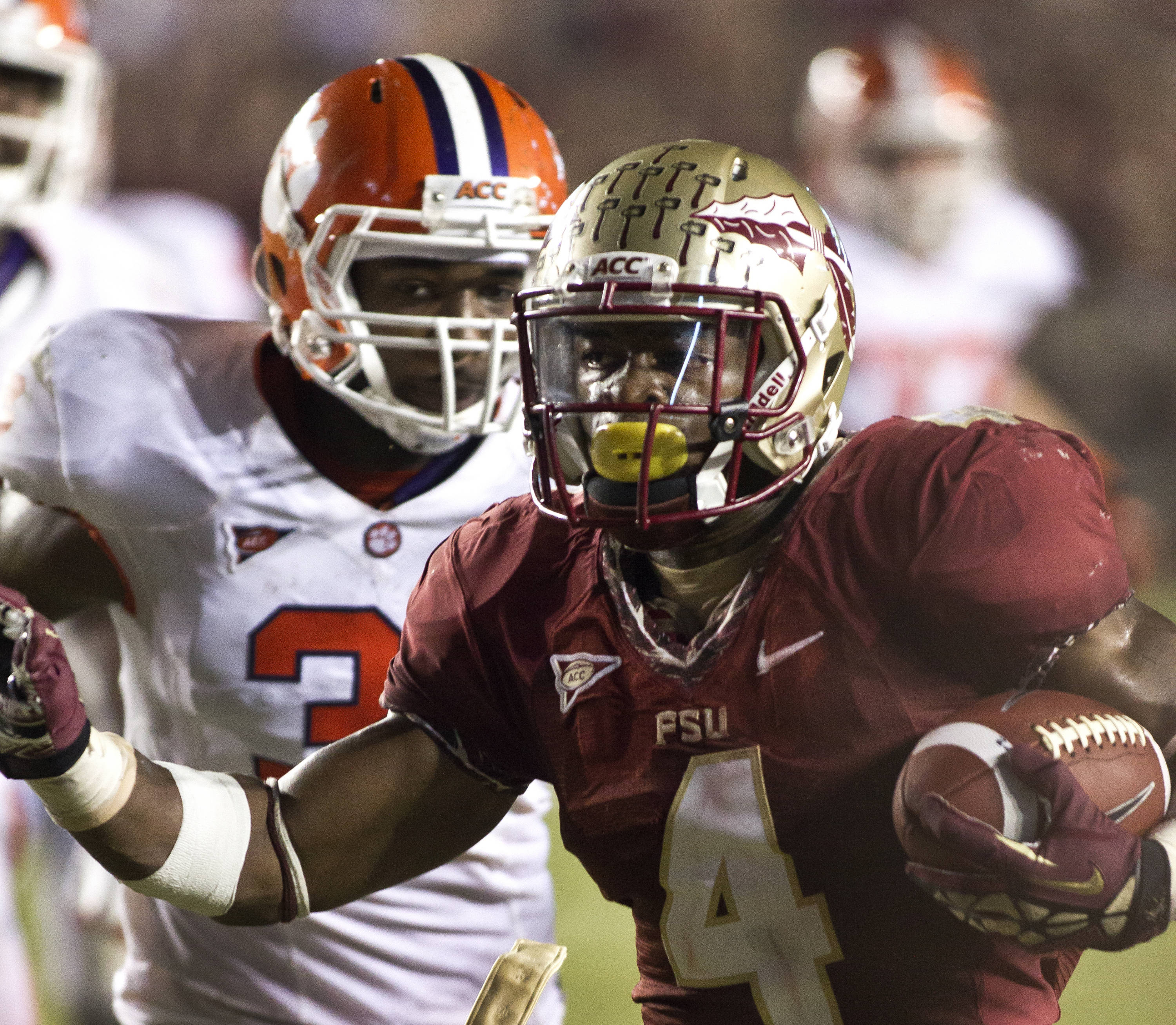 Chris Thompson (4) on his touchdown run, FSU vs Clemson, 9/22/12 (Photo by Steve Musco)