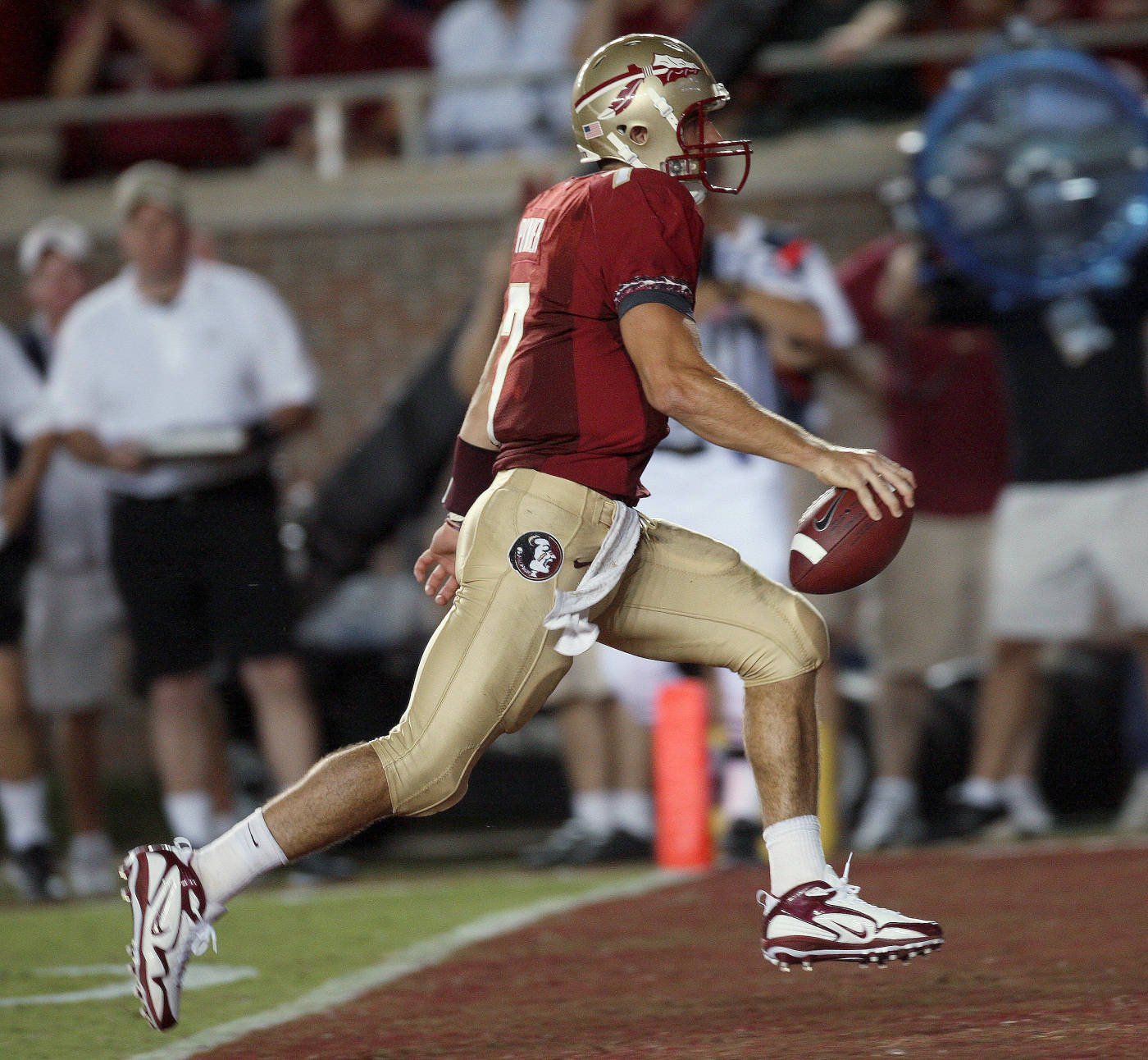 Florida State's Christian Ponder crosses the goal line with a third-quarter touchdown during an NCAA college football game against Miami on Monday, Sept. 7, 2009, in Tallahassee, Fla. (AP Photo/Phil Coale)
