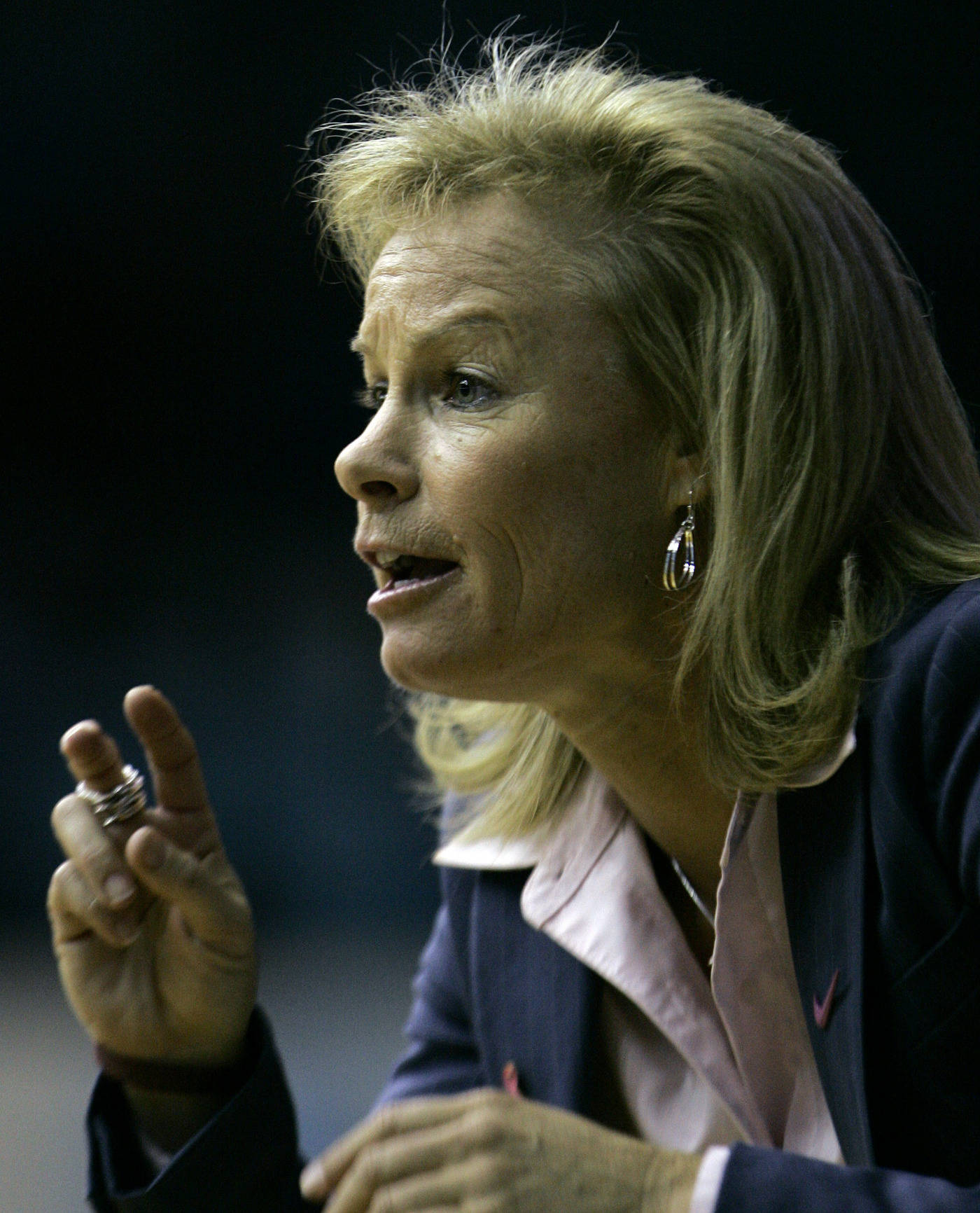 Florida State coach Sue Semrau directs her team during the first half of a college basketball game against North Carolina in Chapel Hill, N.C., Sunday, Feb. 17, 2008. (AP Photo/Gerry Broome)
